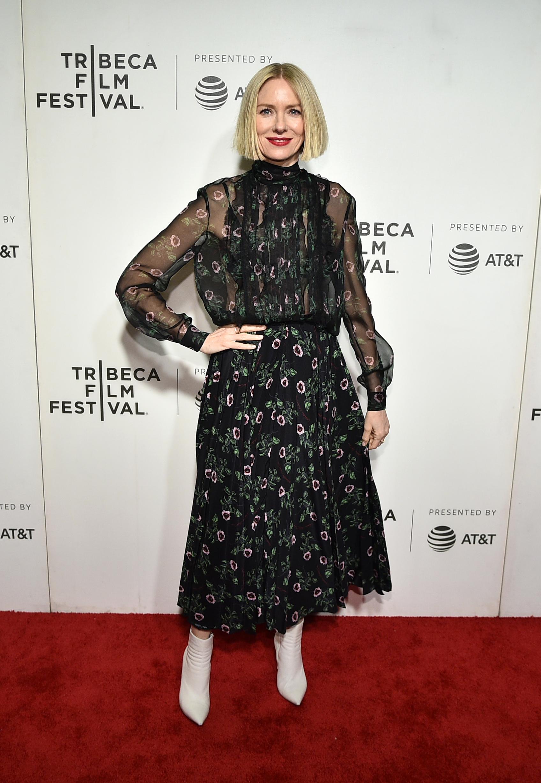 Naomi Watts, looks