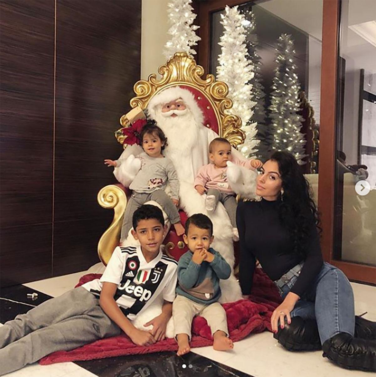 novia-cristiano-ronaldo-hijos-navidad.jpg