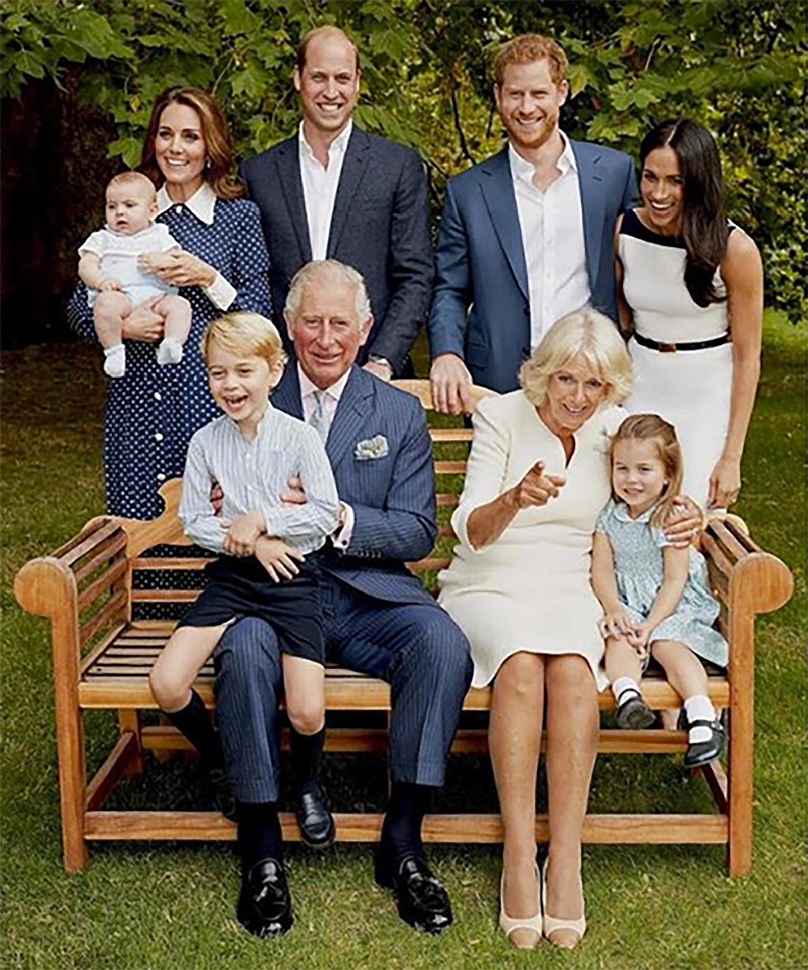 Príncipe Carlos y su famila