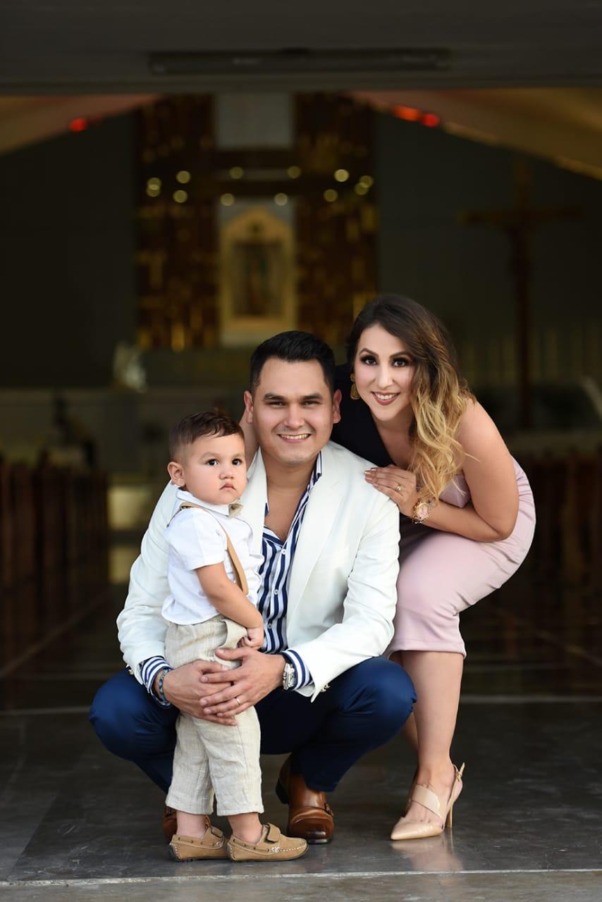 Samuel Sarmiento bautizo a su hijo