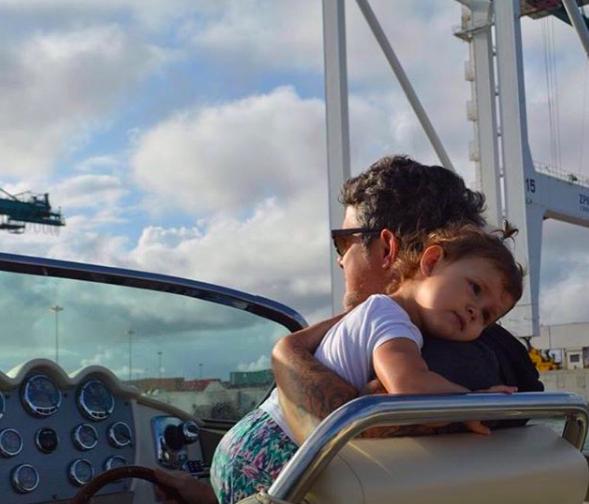 Alejandro Sanz e hija