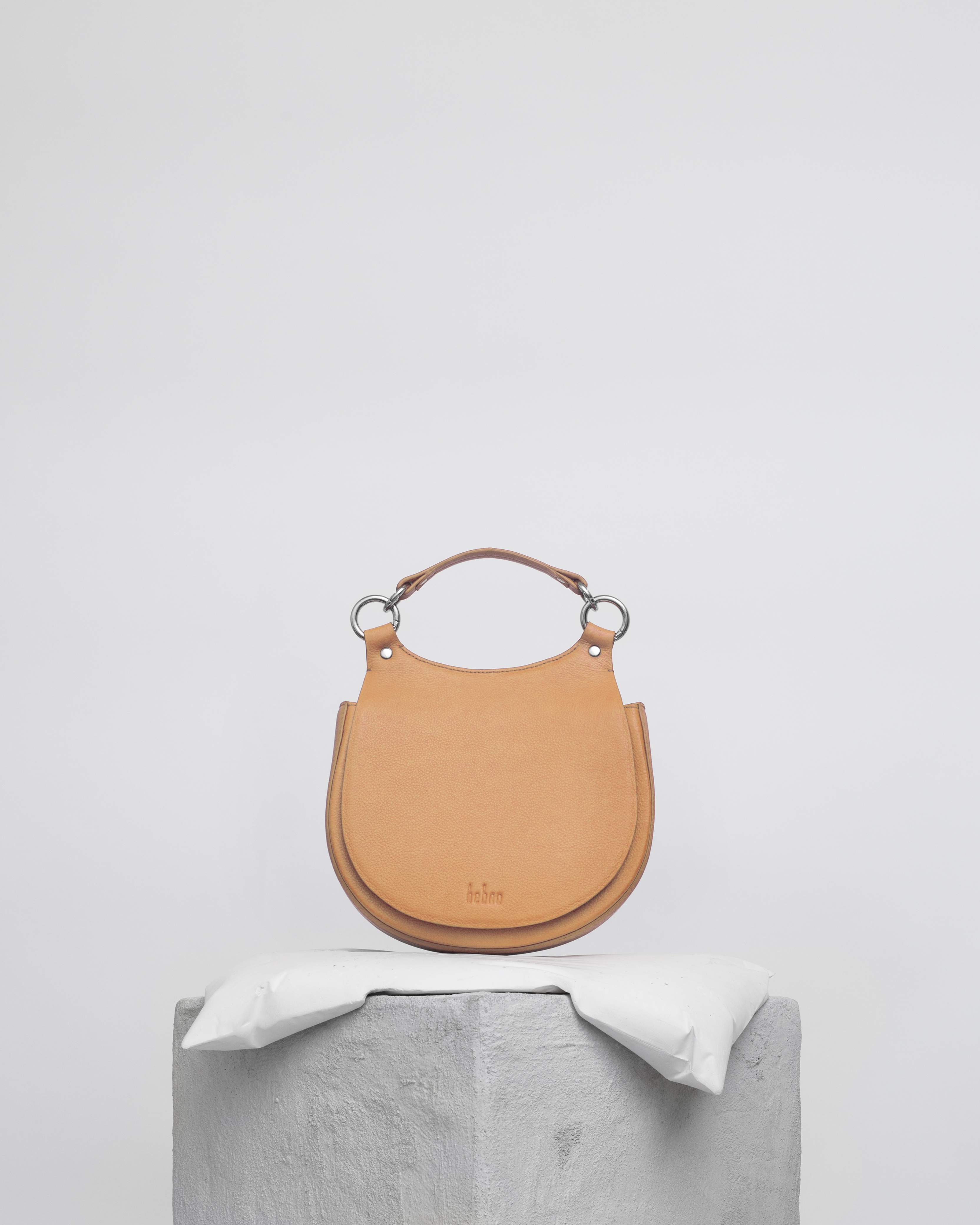 tilda-saddle-bag-apricot.jpg