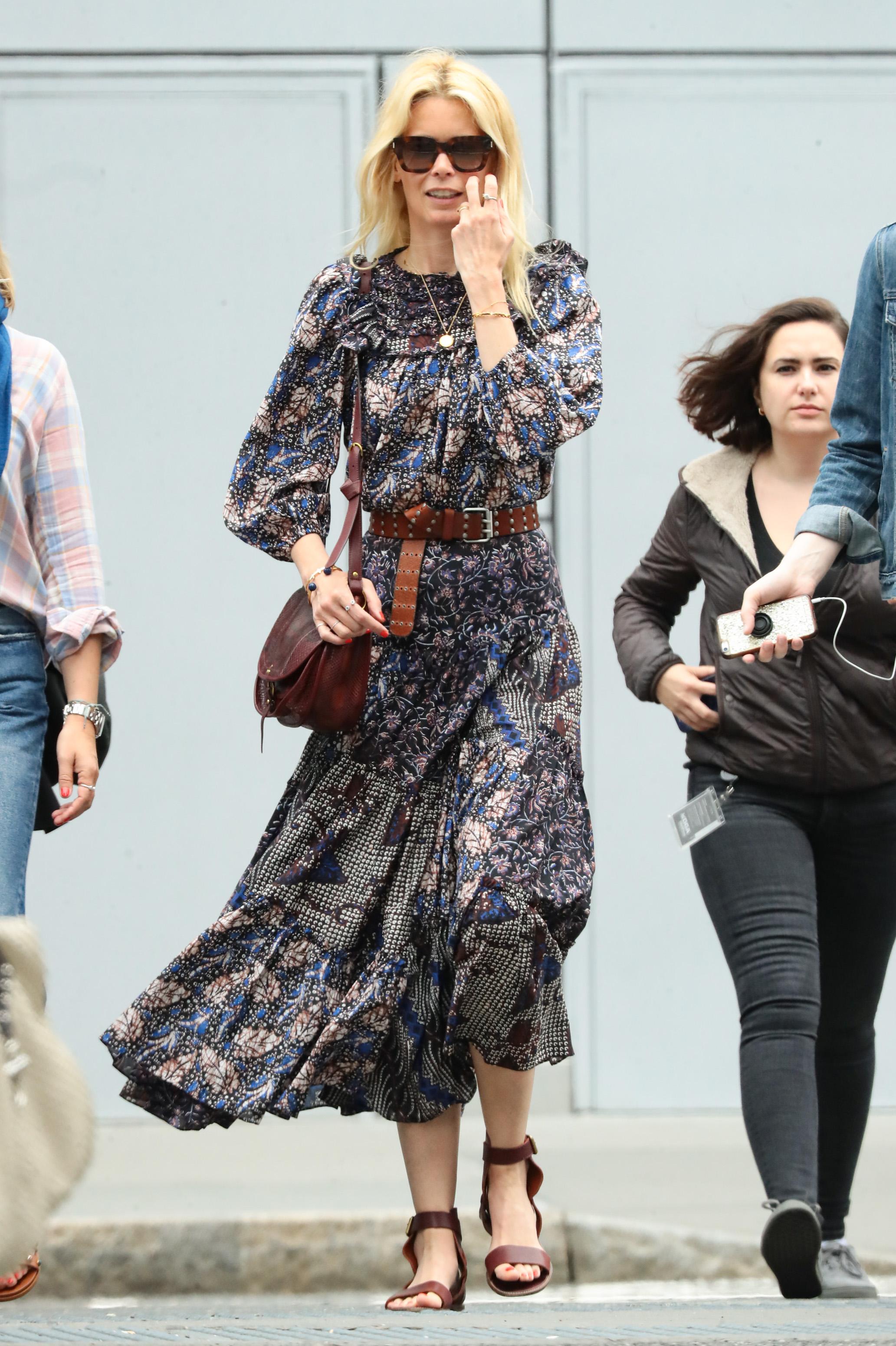 Claudia Schiffer, looks