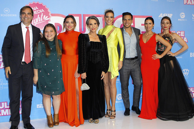 Fernanda Castillo, Florinda Meza, Vadhir Derbez, Dulce familia