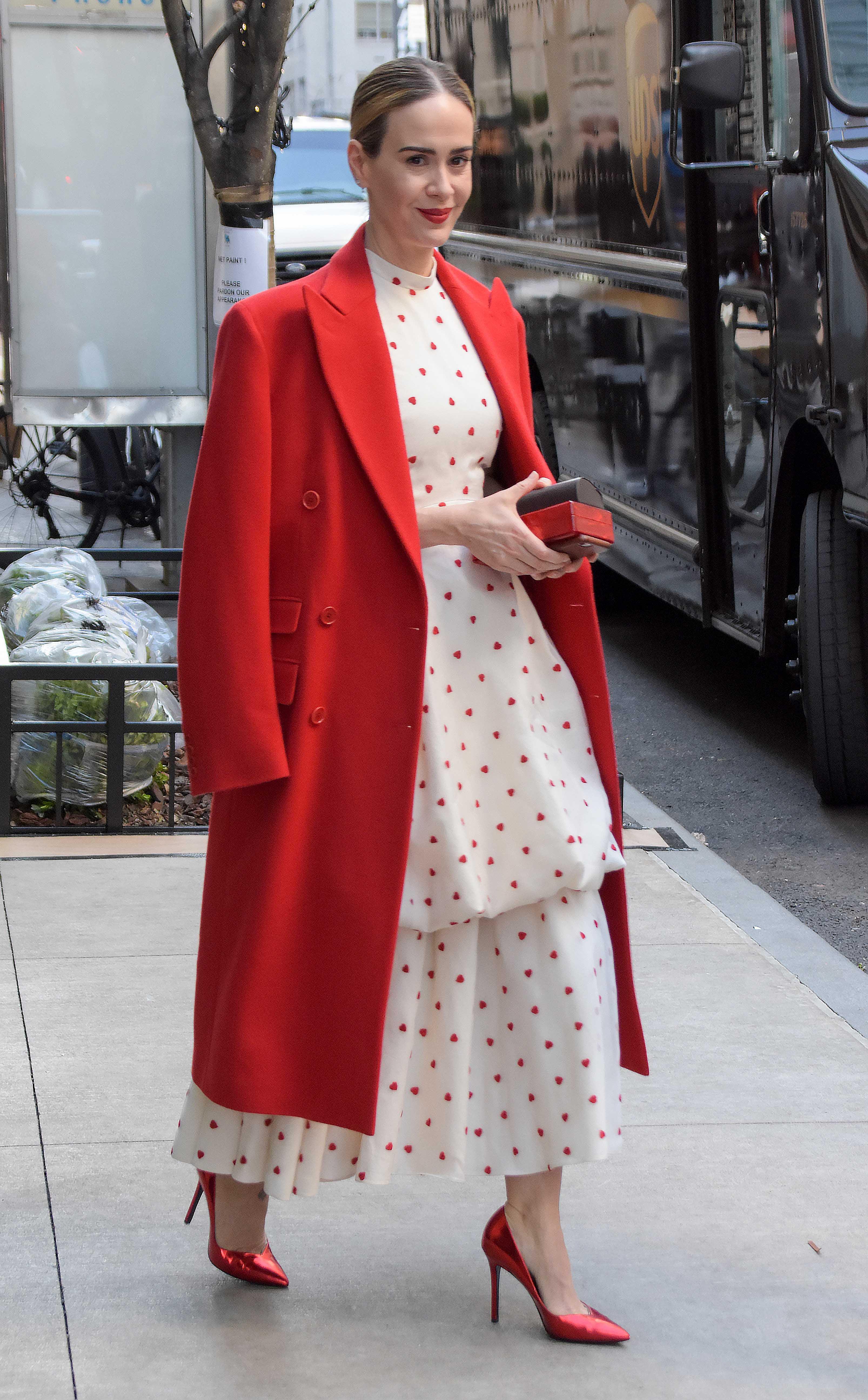 famosa, estilo, lunares, look, outfit
