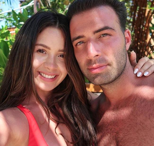 Jen Canela y Danna9