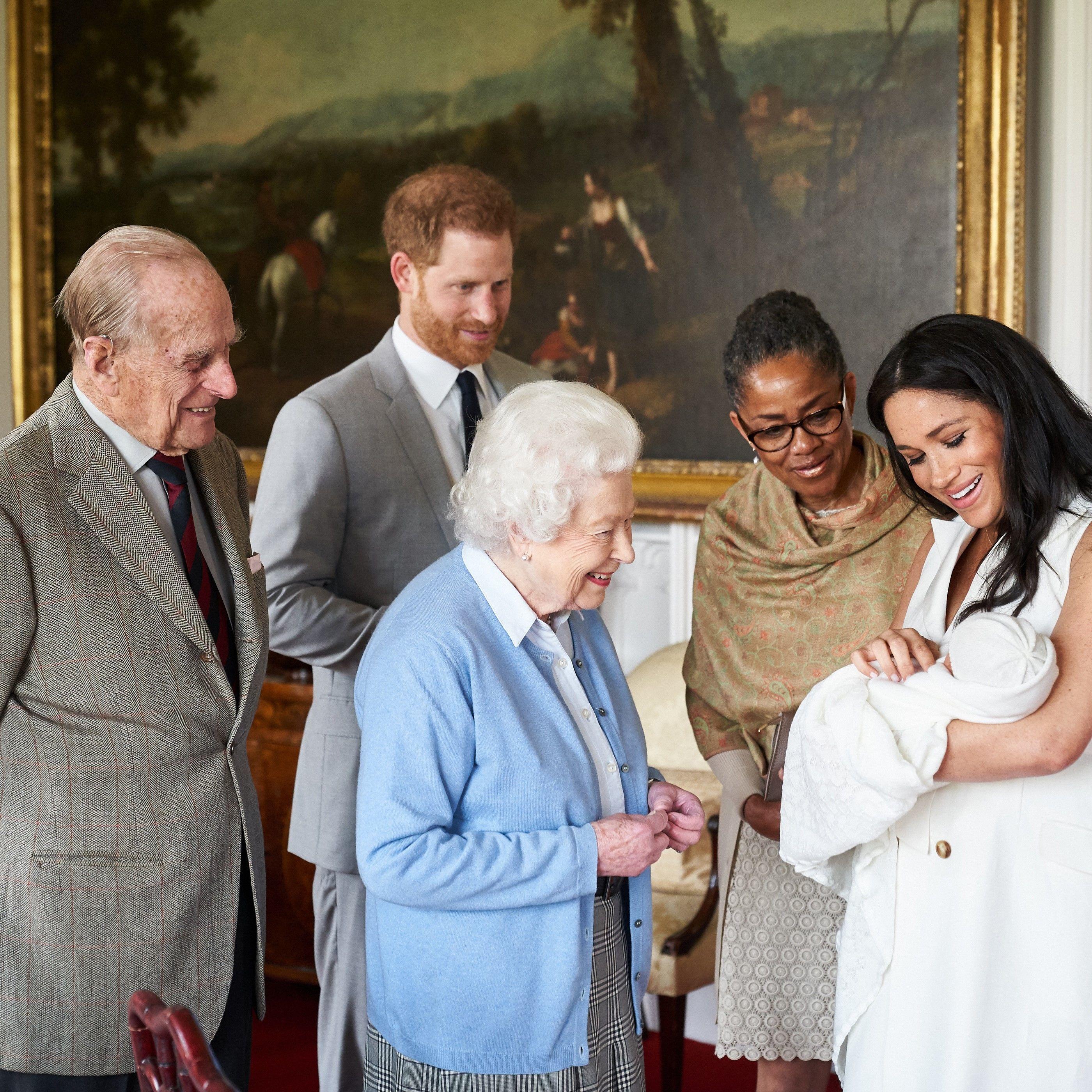Príncipe Phillip reina Isabel II Archie Príncipe Harry Meghan Markle