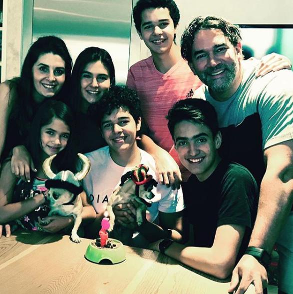Eduardo Santamarina y familia