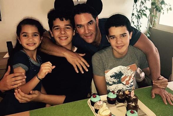 Eduardo Santamarina e hijos