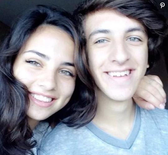 Fiona y Luca Palomo