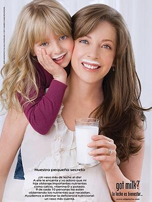 Edith González y su hija Constanza en Got Milk?