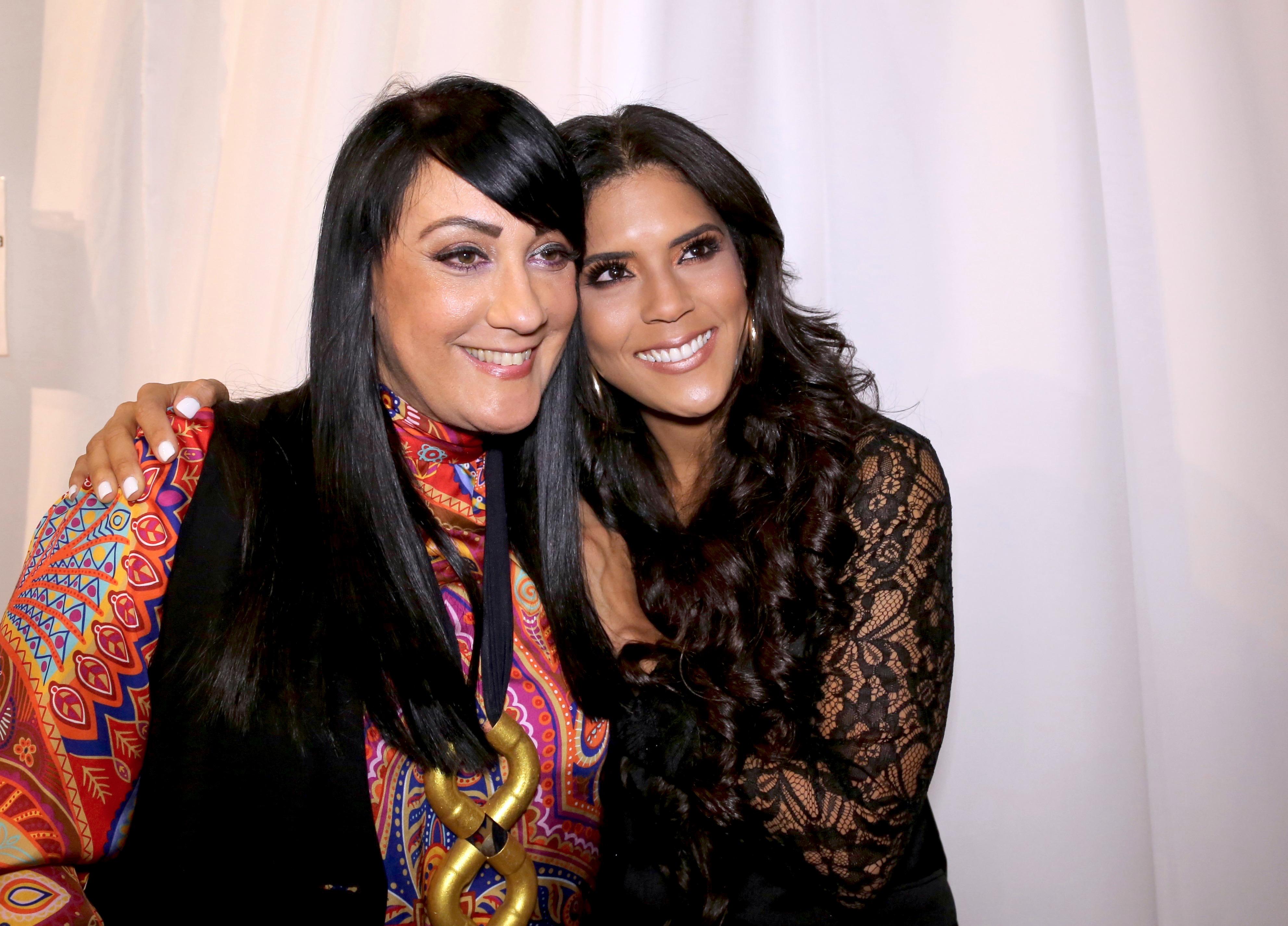 Francisca Lachapel (der.) con la diseñadora Giannina Azar