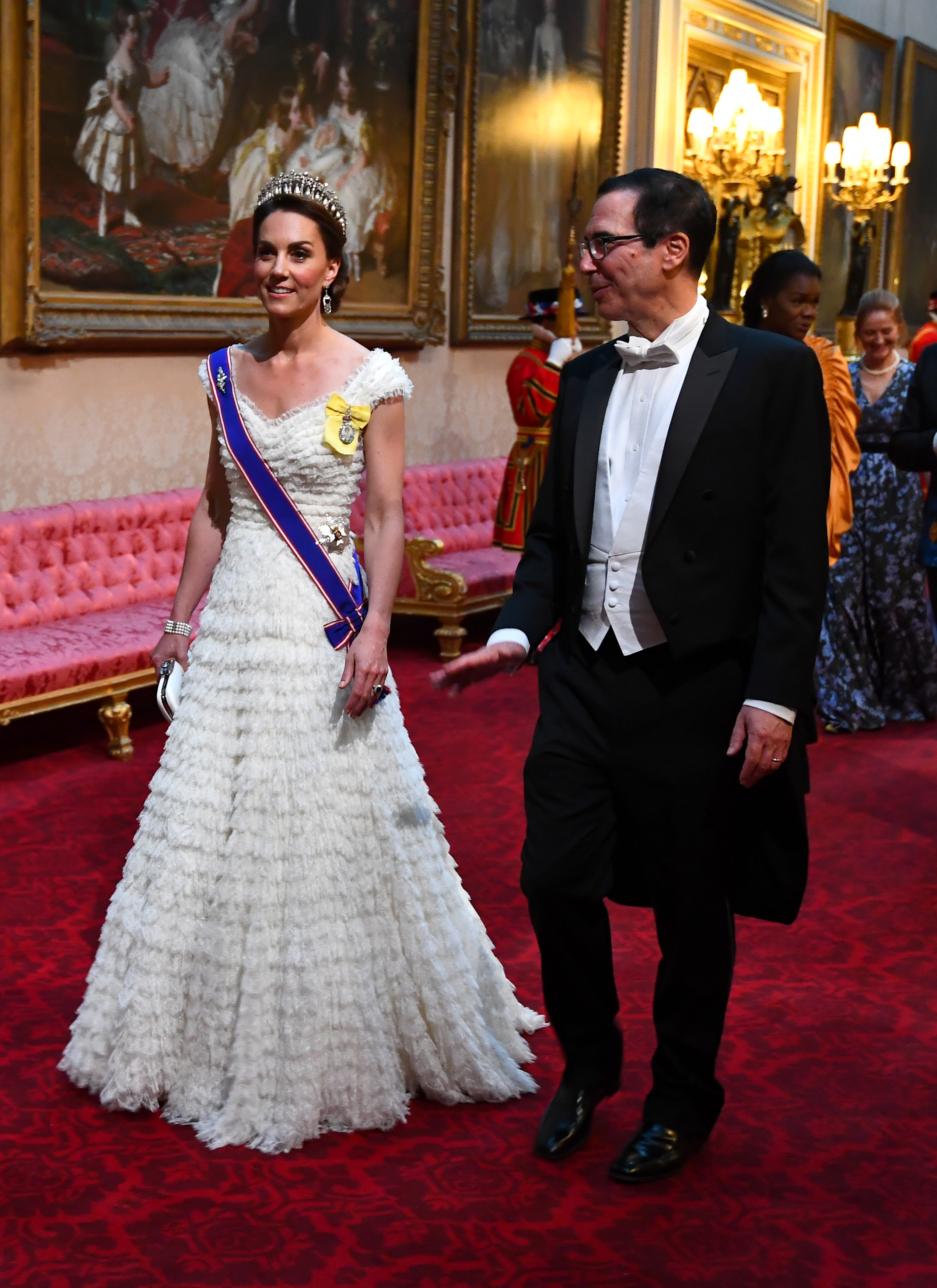 kate middleton, looks, londres, gran bretana, buckingham palace