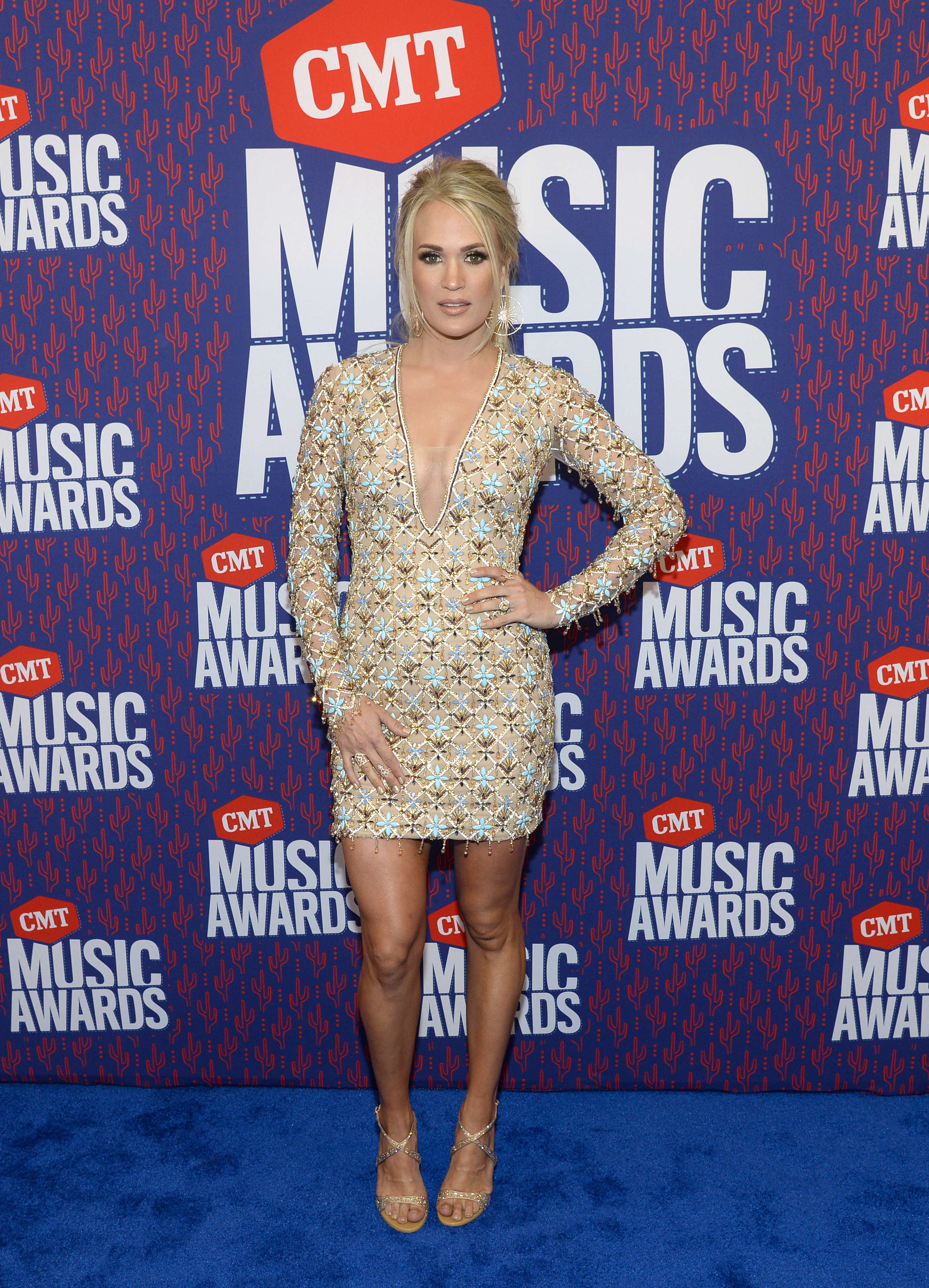 Carrie Underwood, looks