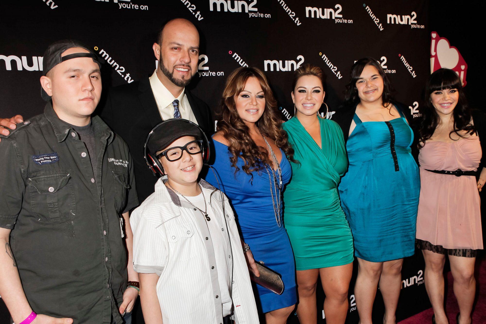 Jenni Rivera y Familia