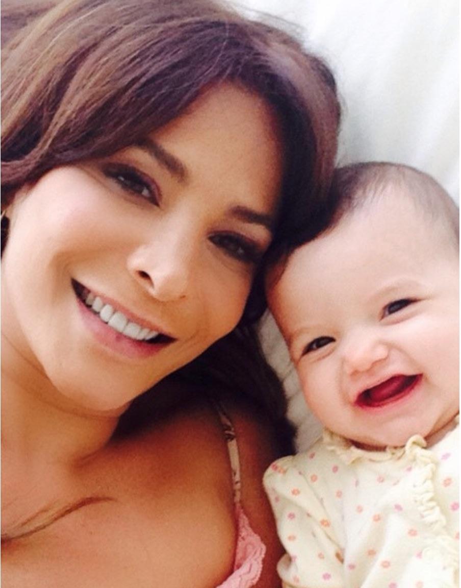Lorena Rojas y su hija Luciana