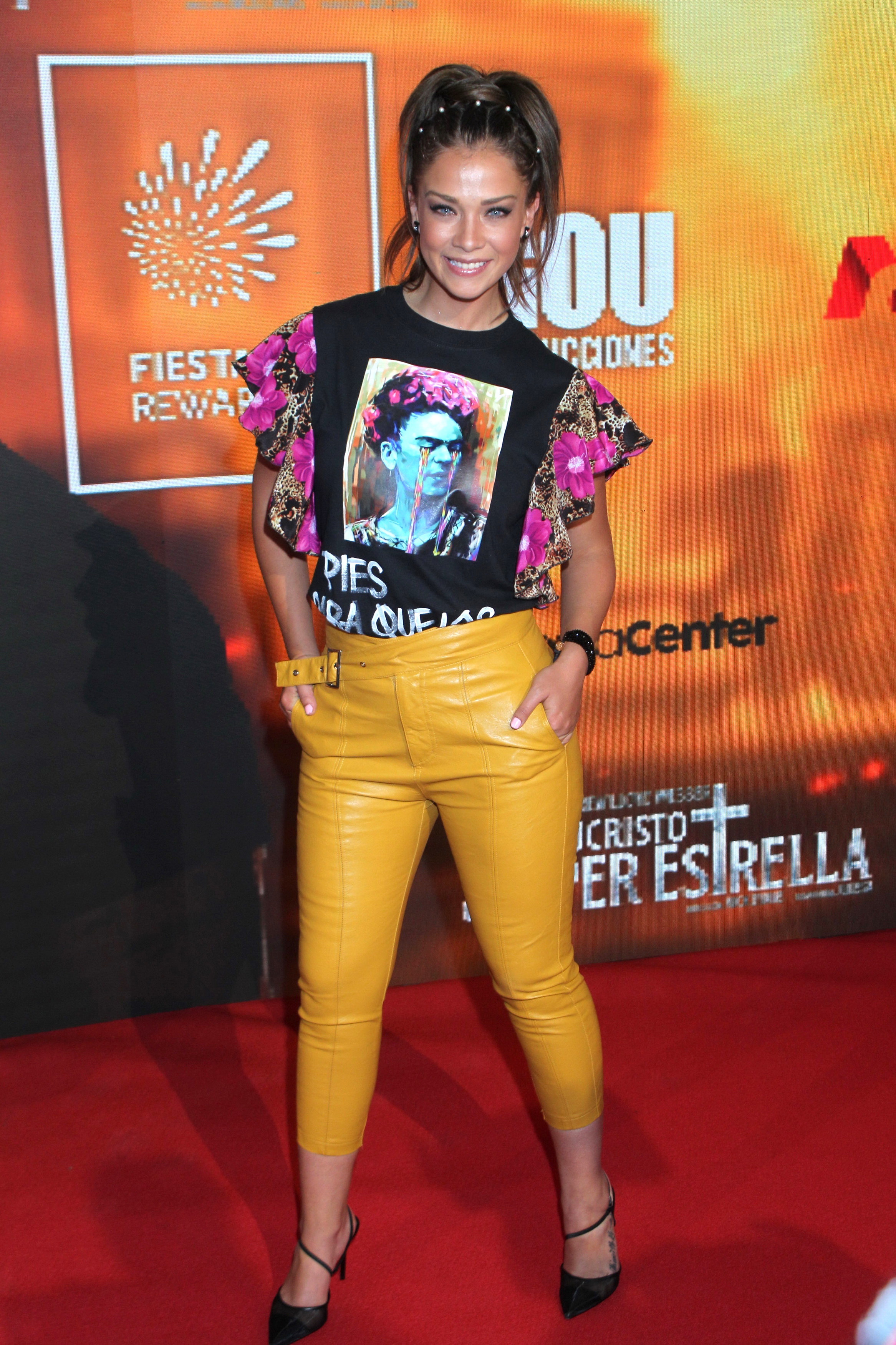 Carolina Miranda, looks