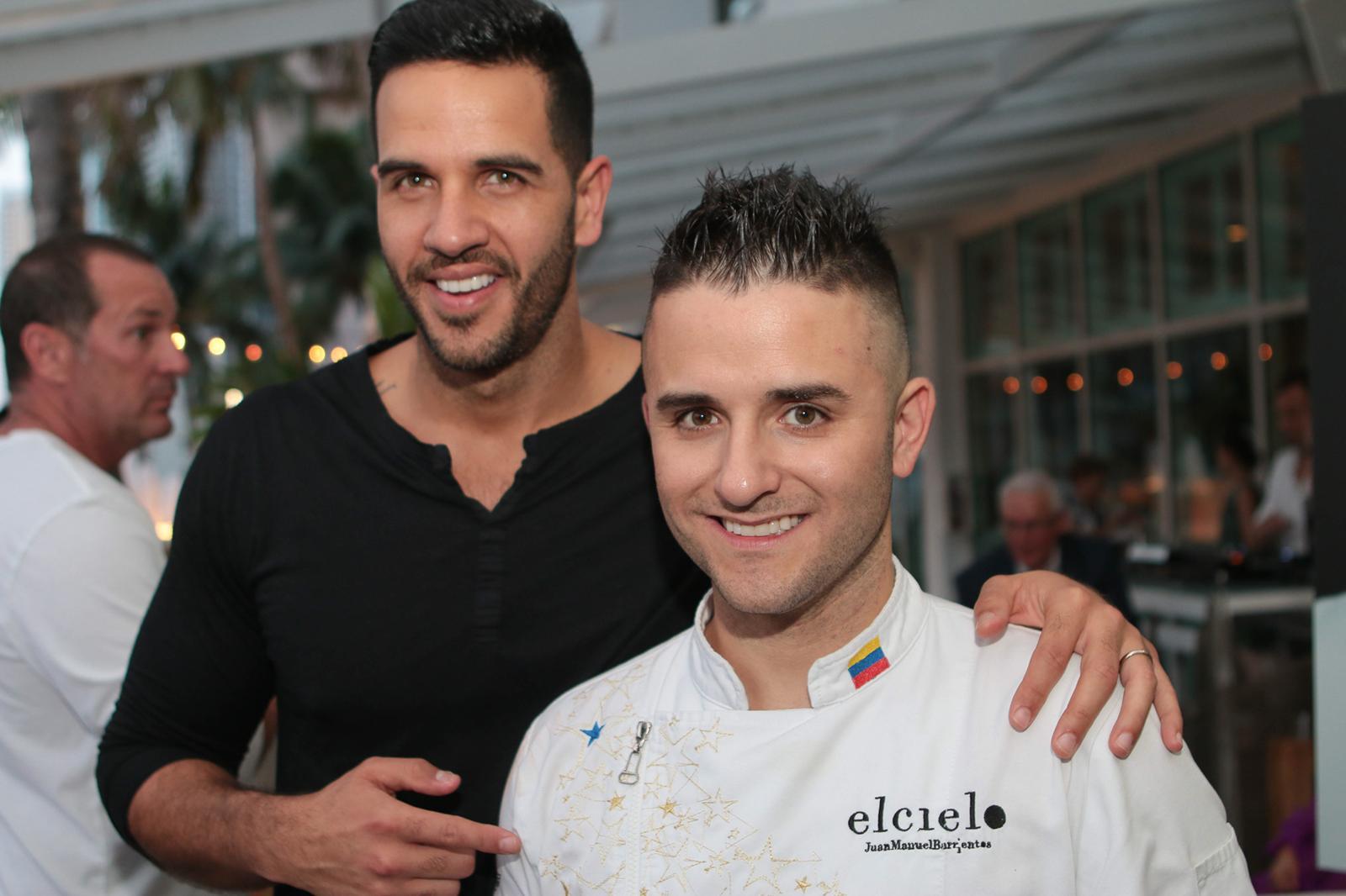 Juan Manuel Barrientos en El cielo en Miami celebrando el lanzamiento de su libro La receta del éxito (40 claves para convertirse en un emprendedor exitoso).