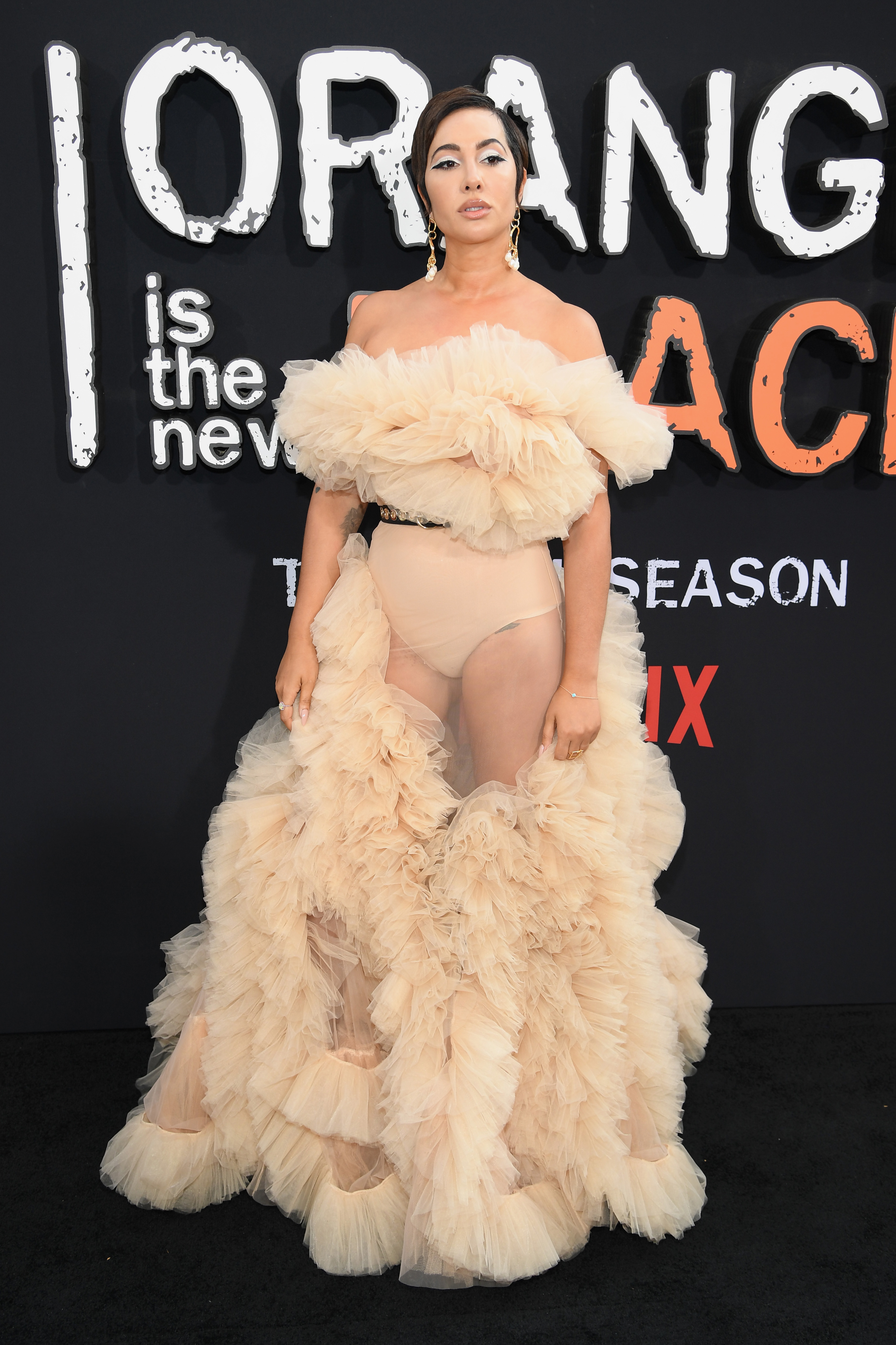 Jackie Cruz, looks, orange is the new black,