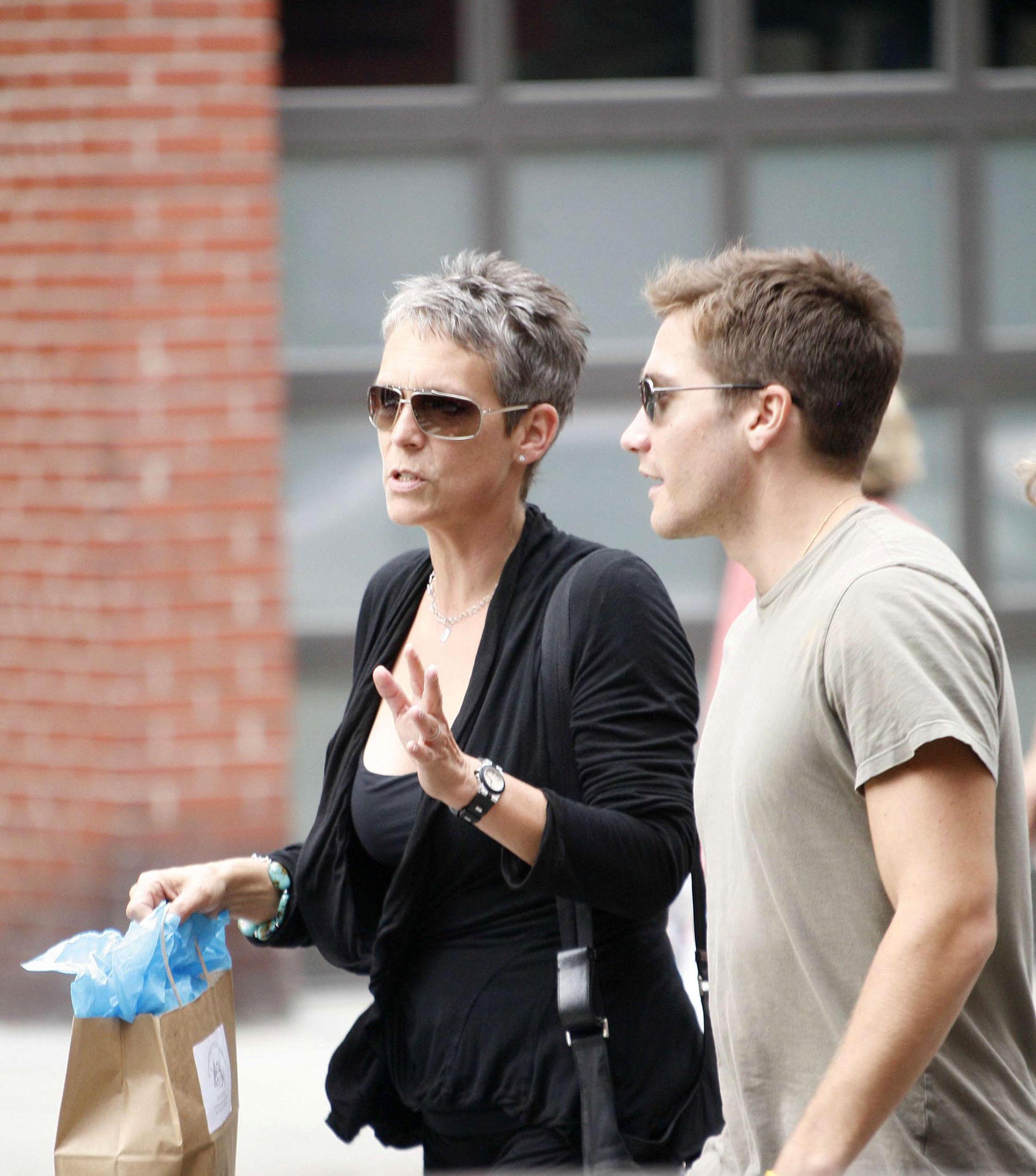 Jake Gyllenhaal and Jamie Lee Curtis Sighting in New York City - September 27, 2006