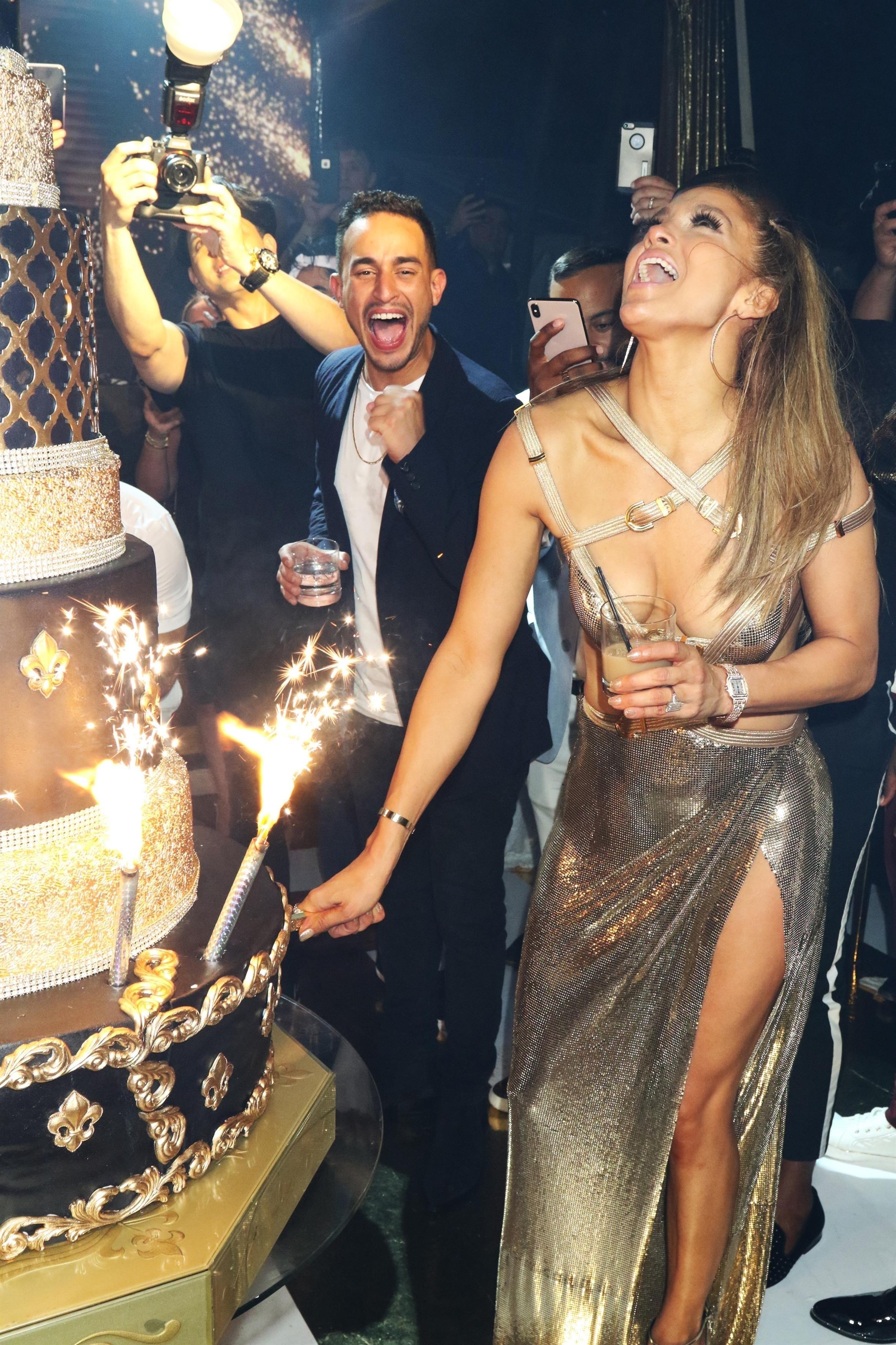 Jennifer lopez, look, cumpleaños, miami, fiesta, versace