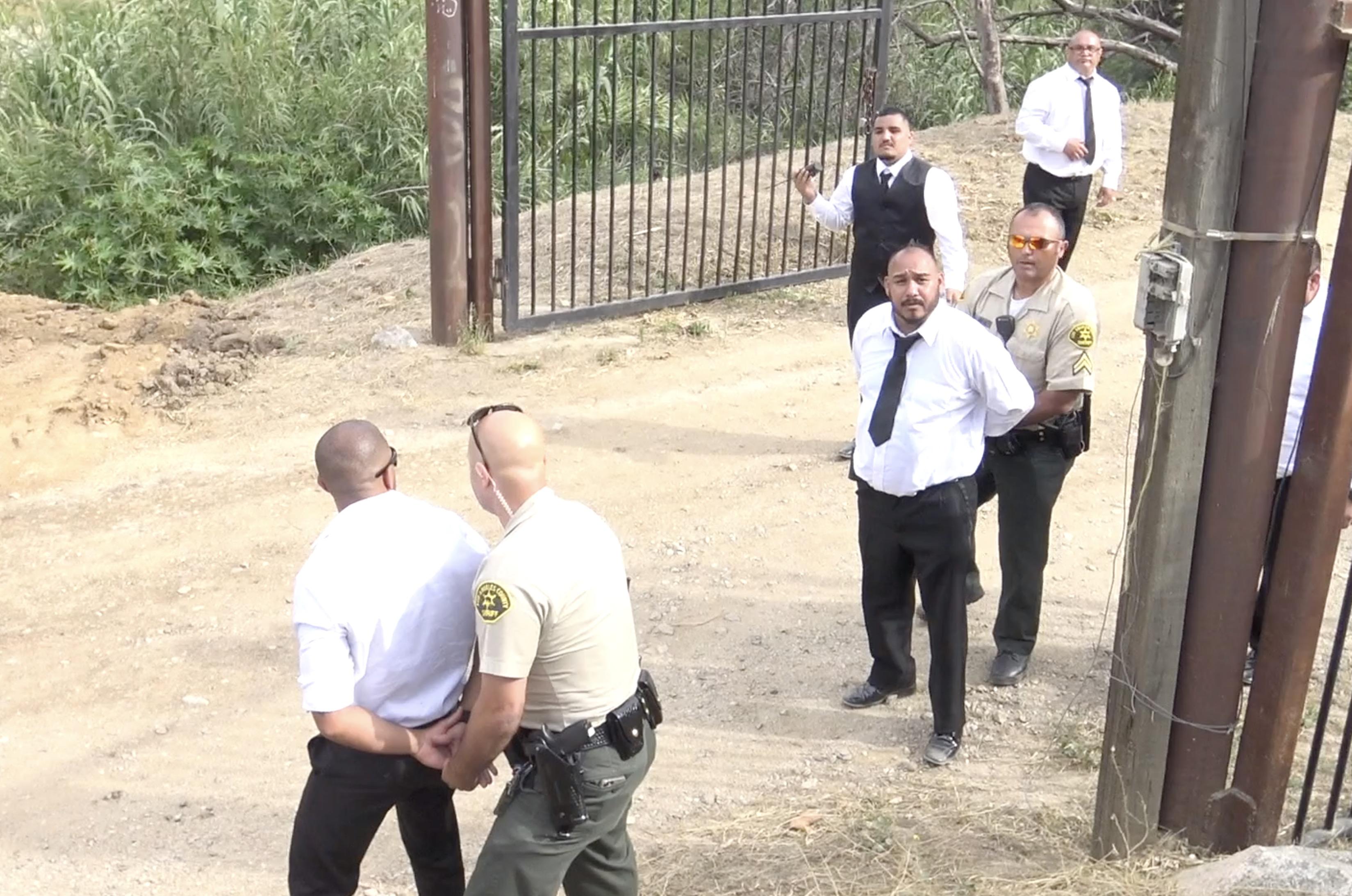 Miembros de la seguridad son arrestados