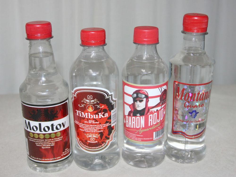 Fotos de bebidas adulteradas en Costa Rica