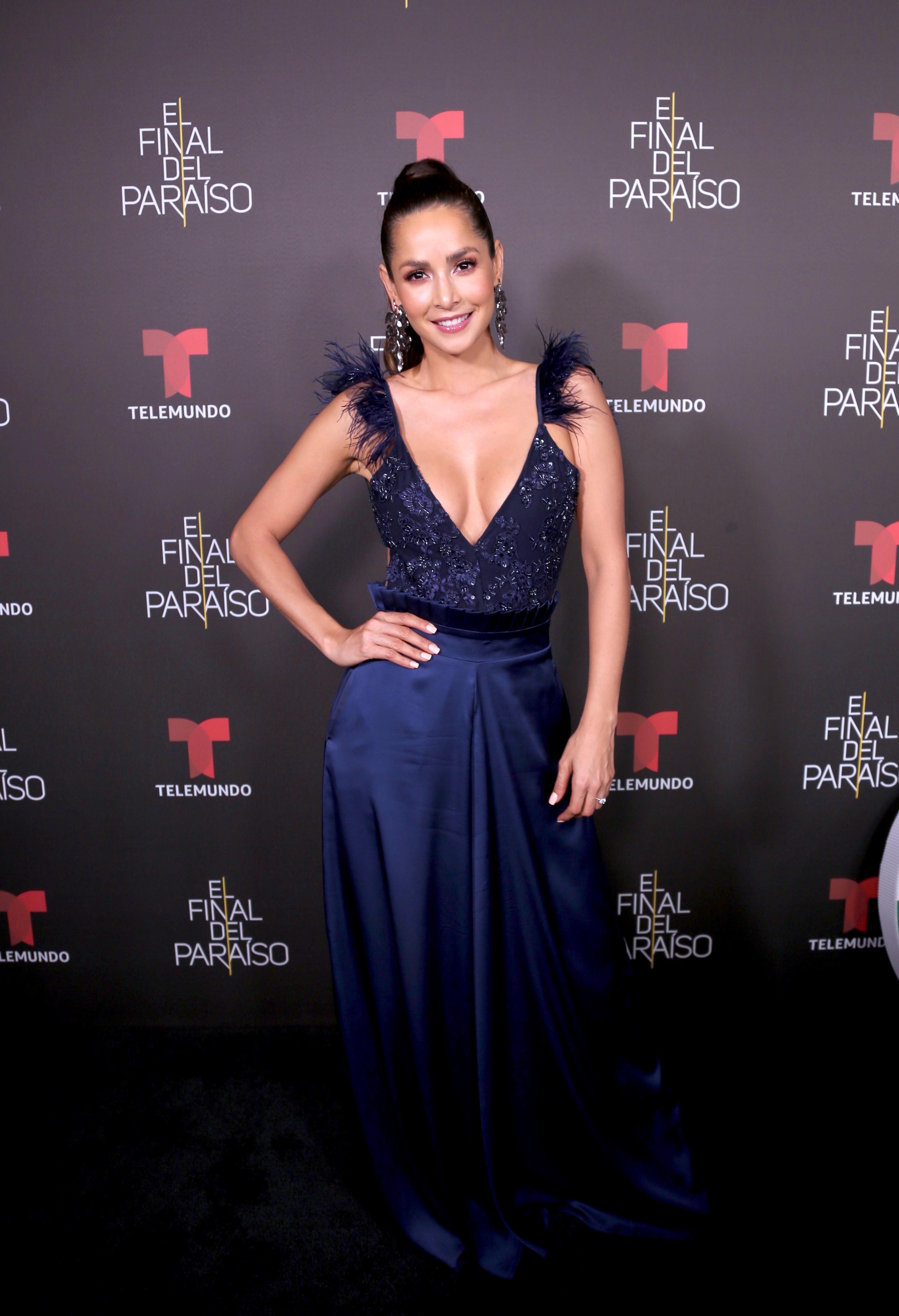 Carmen Villalobos, looks