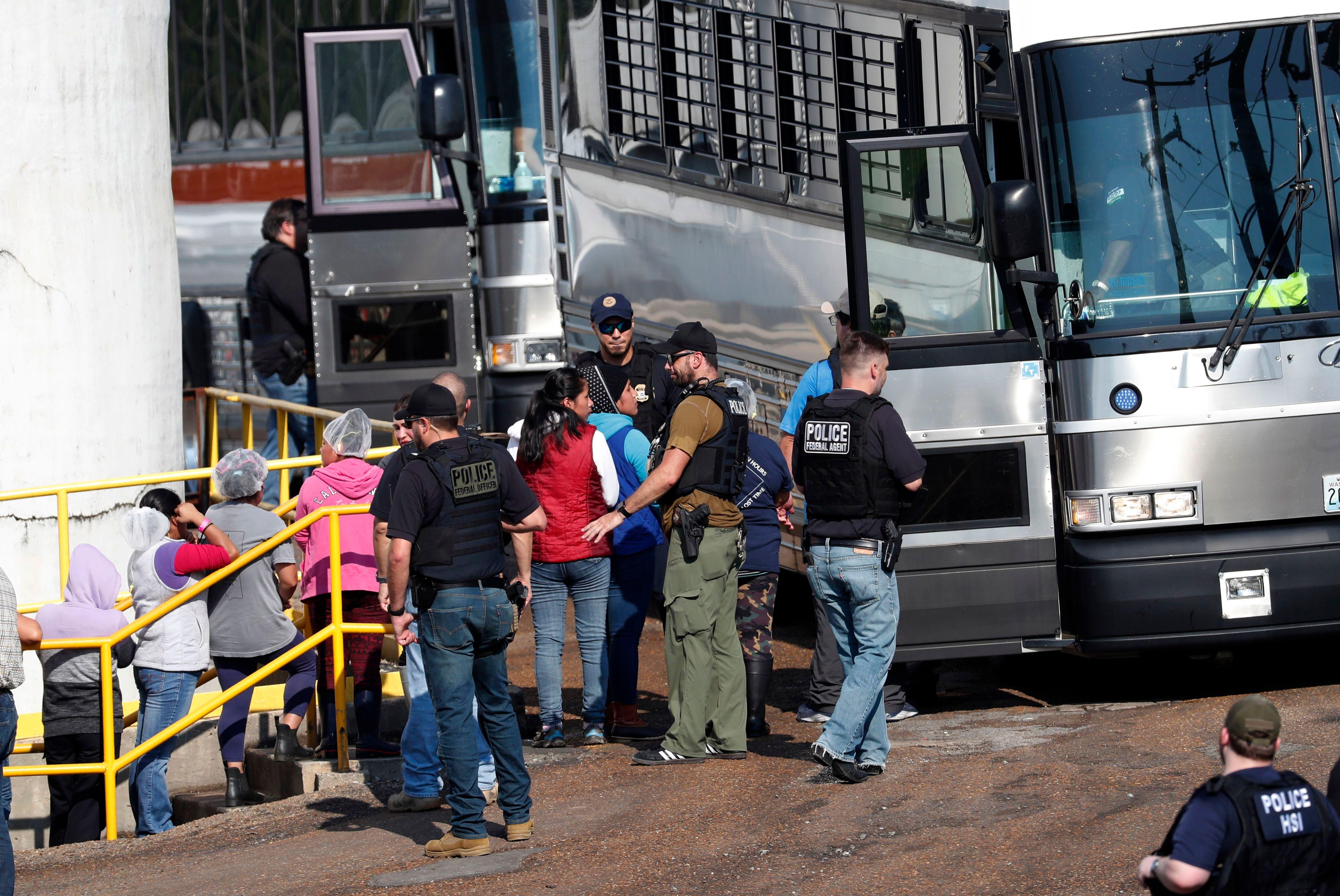 Immigration raid Mississippi