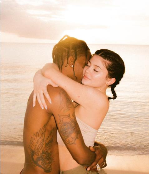 Kylie Jenner, cumpleaños Travis Scott