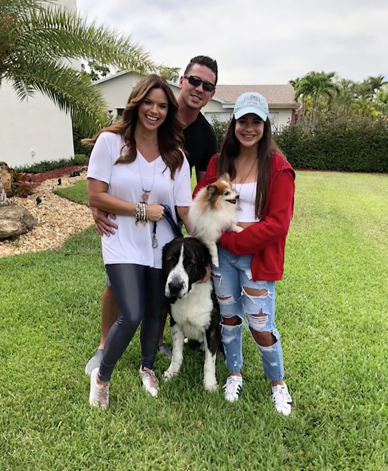 Rashel Diaz campaña desocupar los albergues mascotas