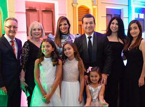 Barbara Bermudo y familia
