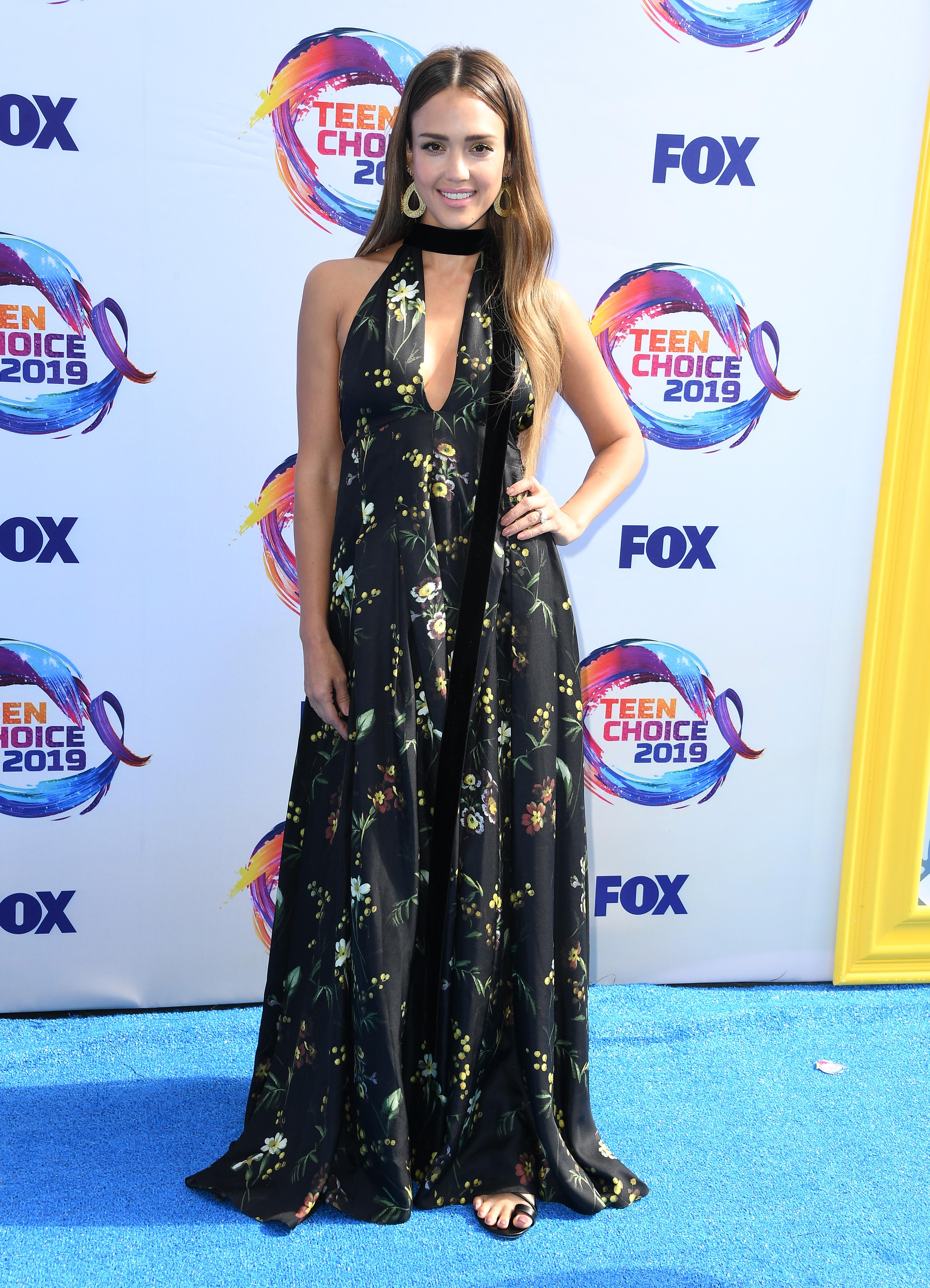 Jessica Alba, estilo, look del día