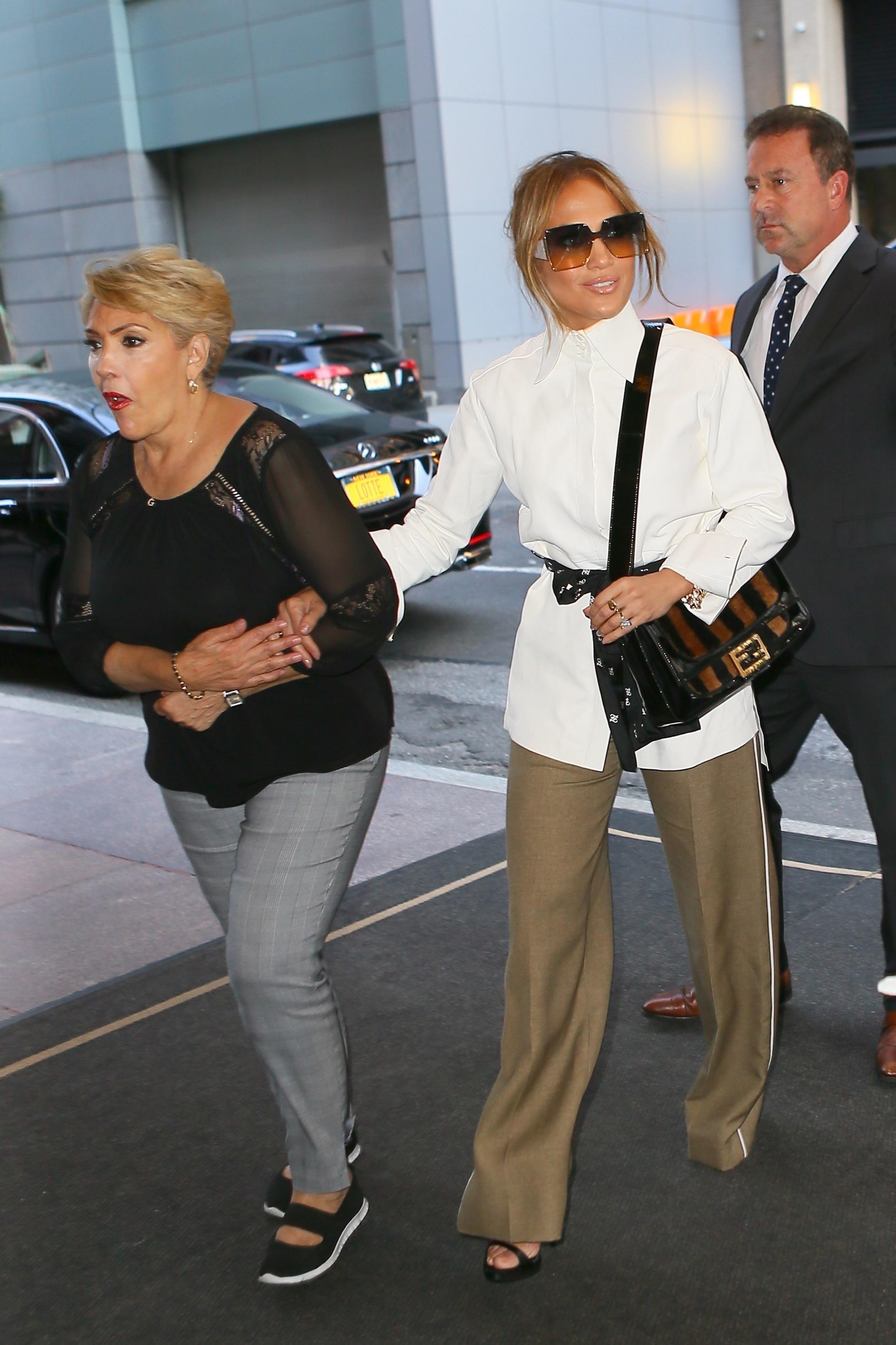 Jennifer Lopez, Guadalupe Rodríguez