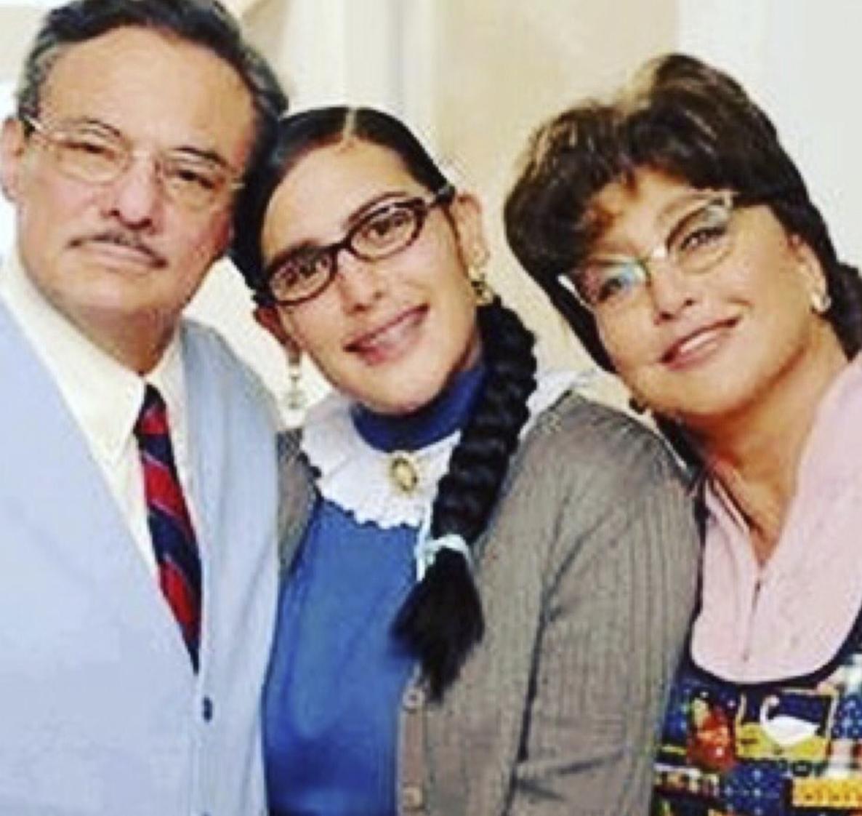 Angélica Vale, José José, Angélica María