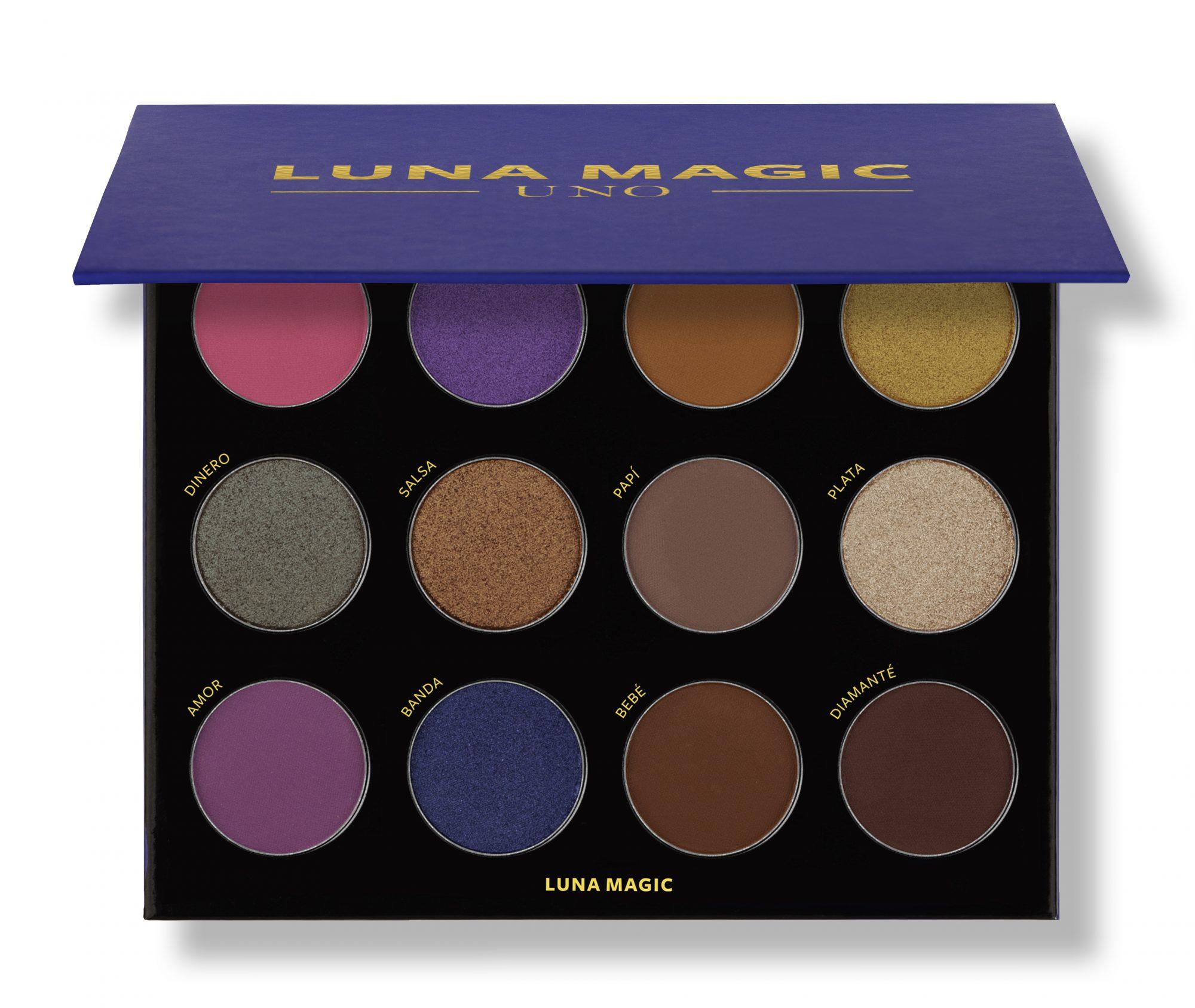 luna-magice284a2-uno_shadow_palette_half_open.jpg