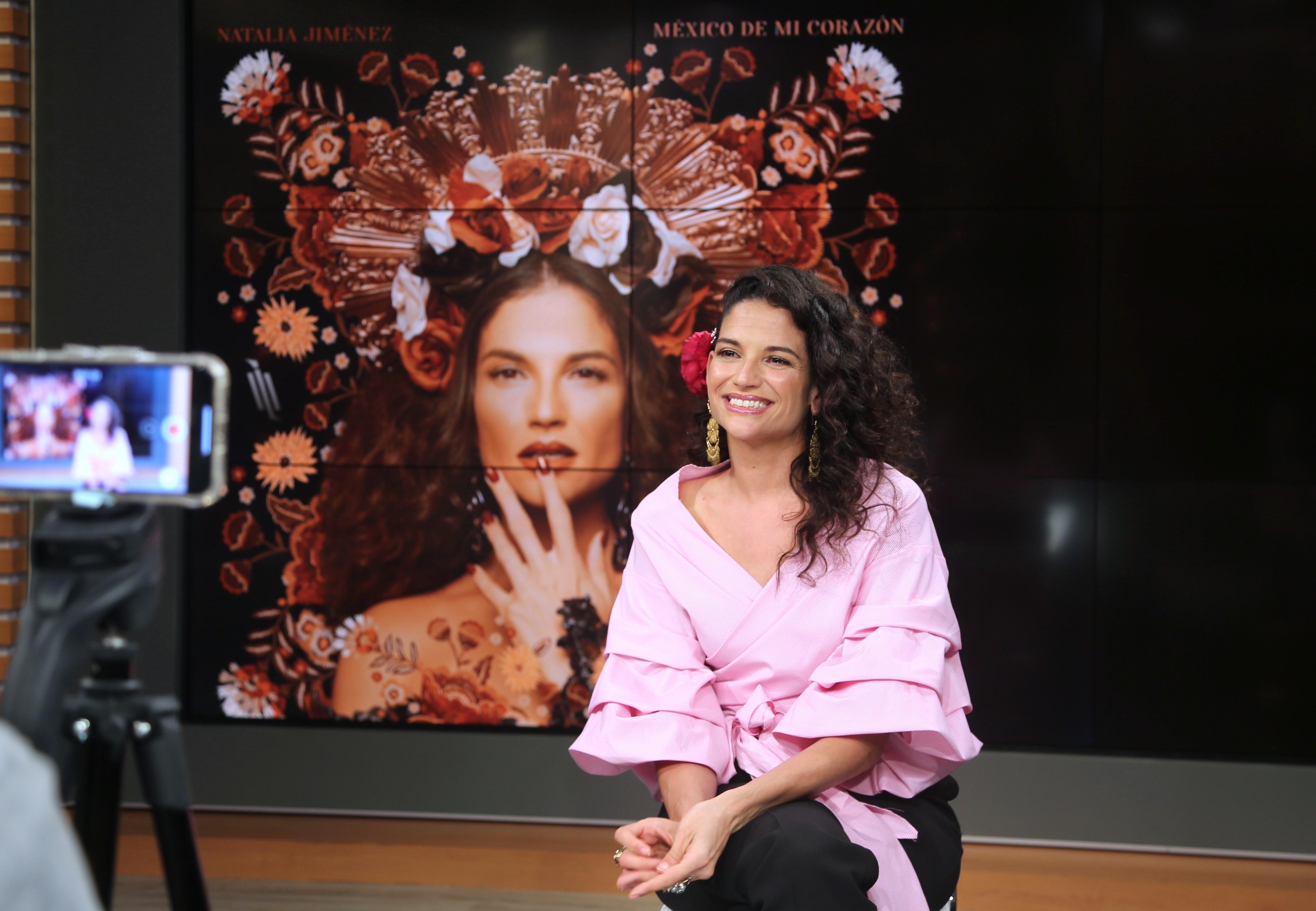 Natalia Jiménez promo nuevo disco México de mi corazón.