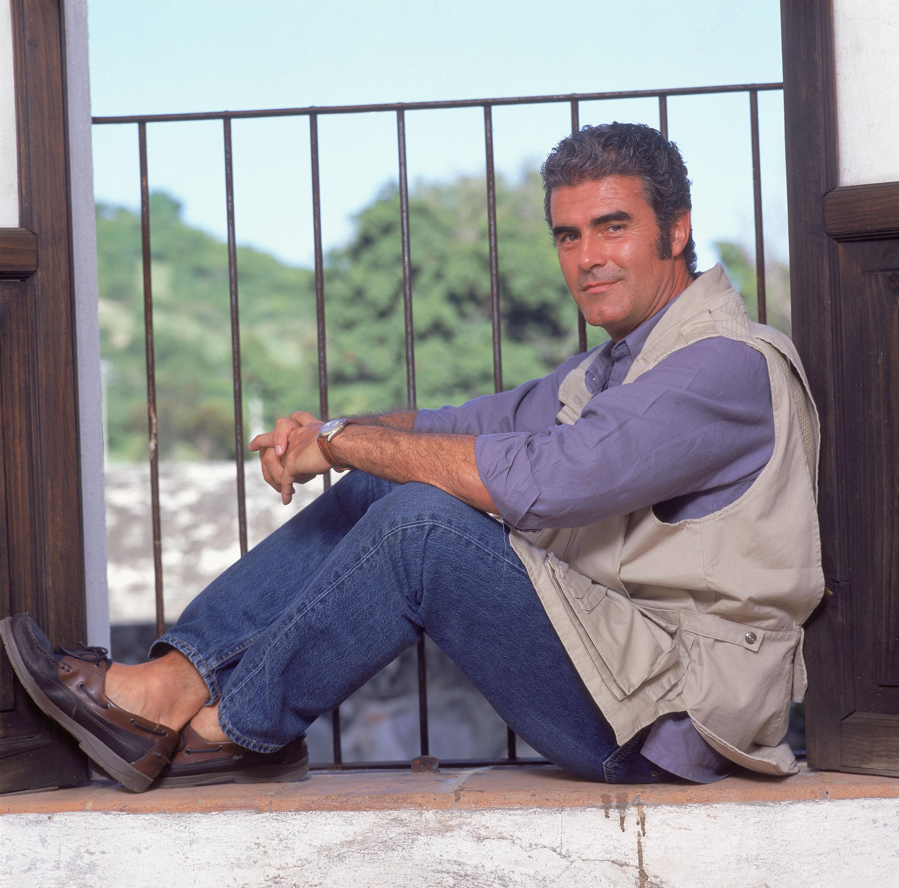 Exclusive Photos Of Actor Saul Lizaso
