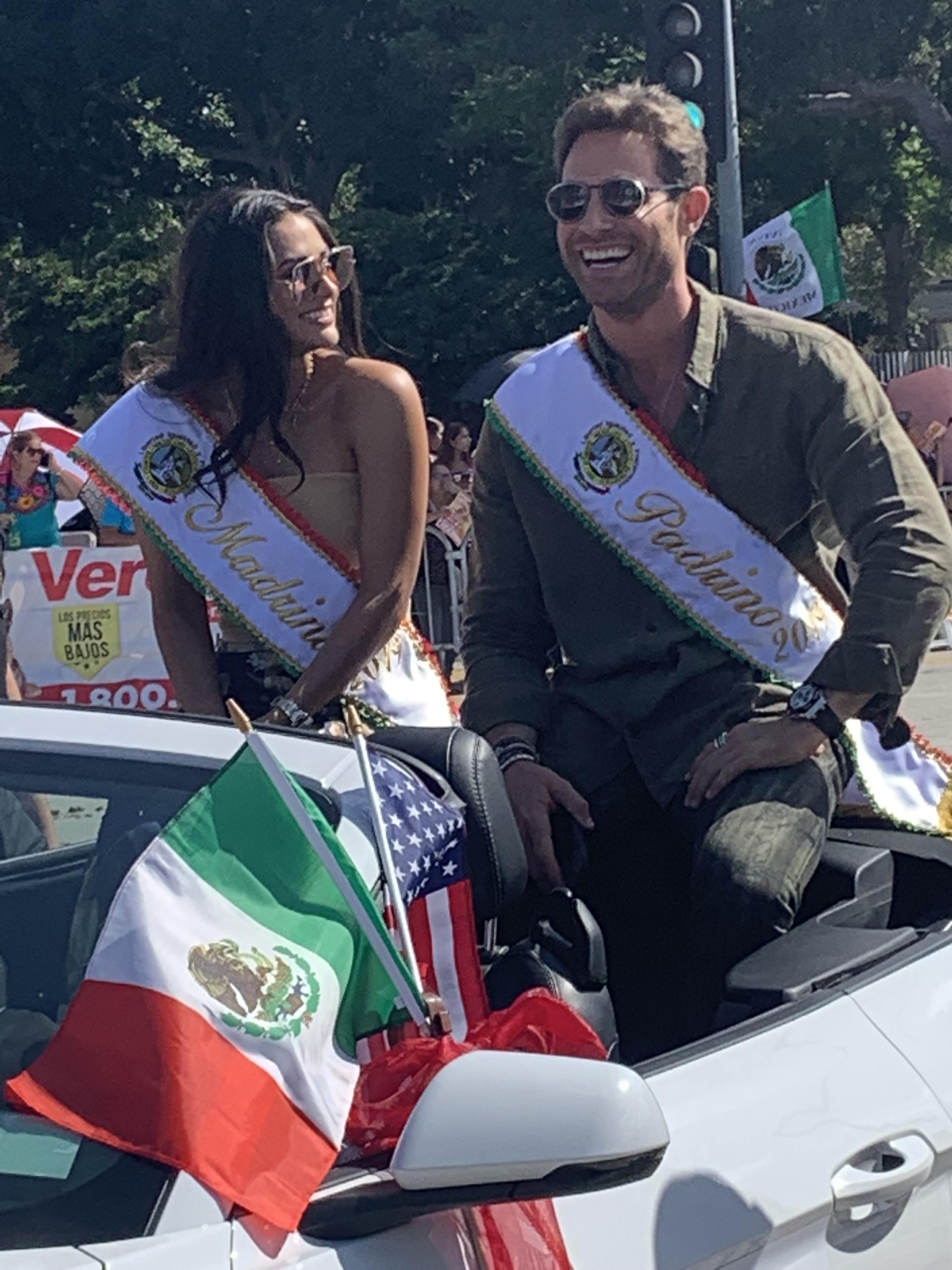 Sebastián Rulli, Renata Notni, Andy Ruíz y Danny Trejo Desfile de la Independencia de México