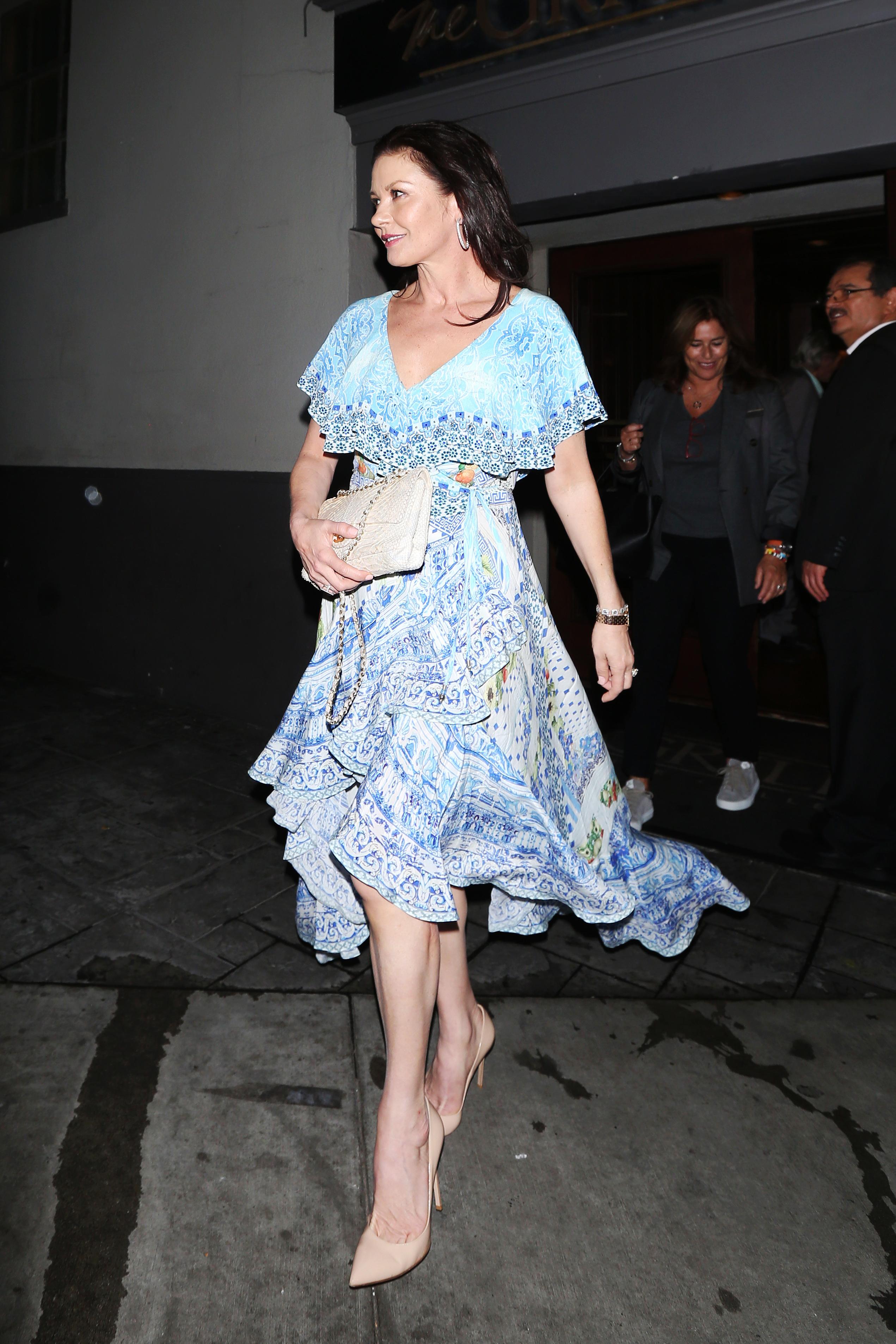 Catherine Zeta Jones, looks