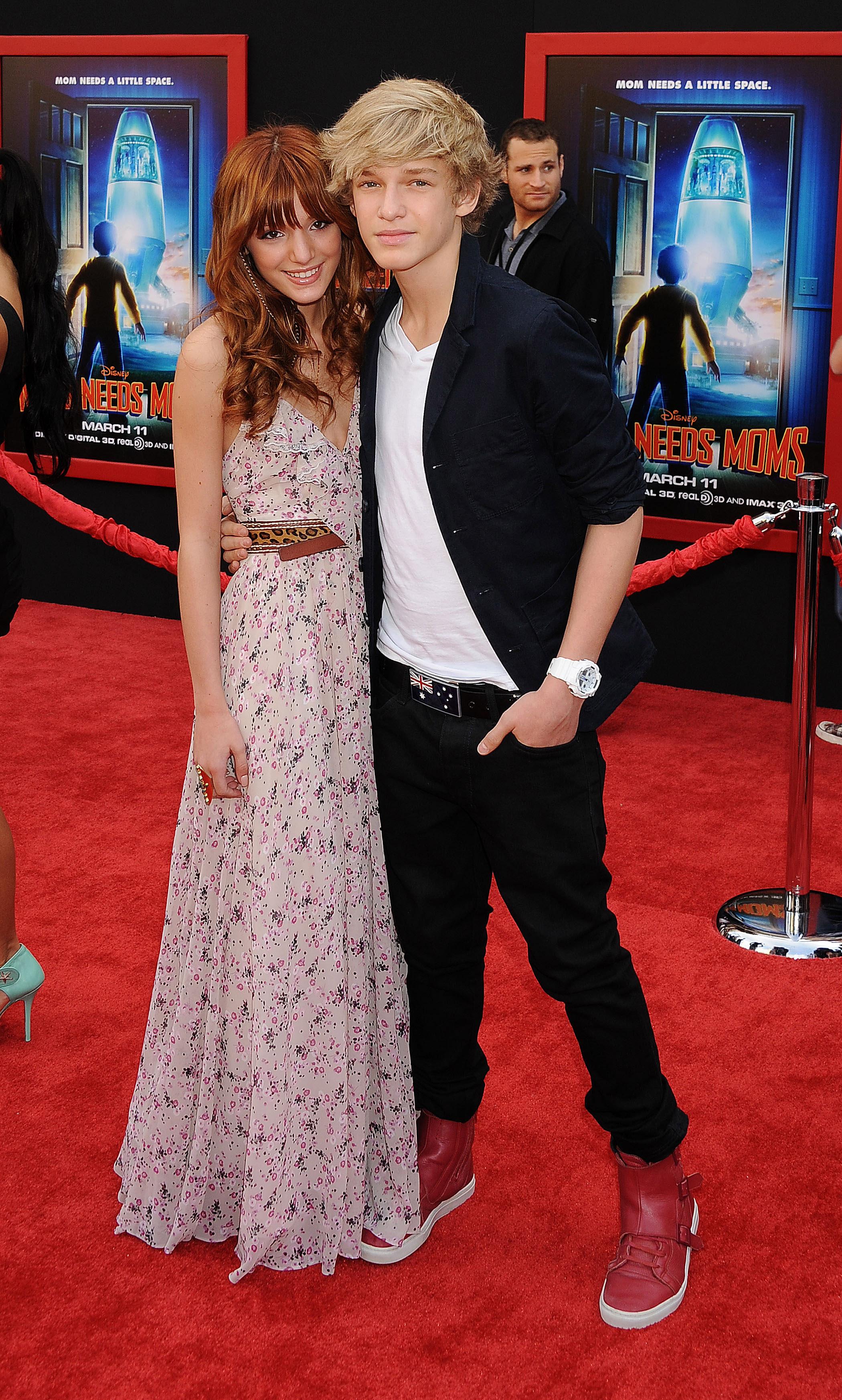 Cody Simpson y Bella Thorne