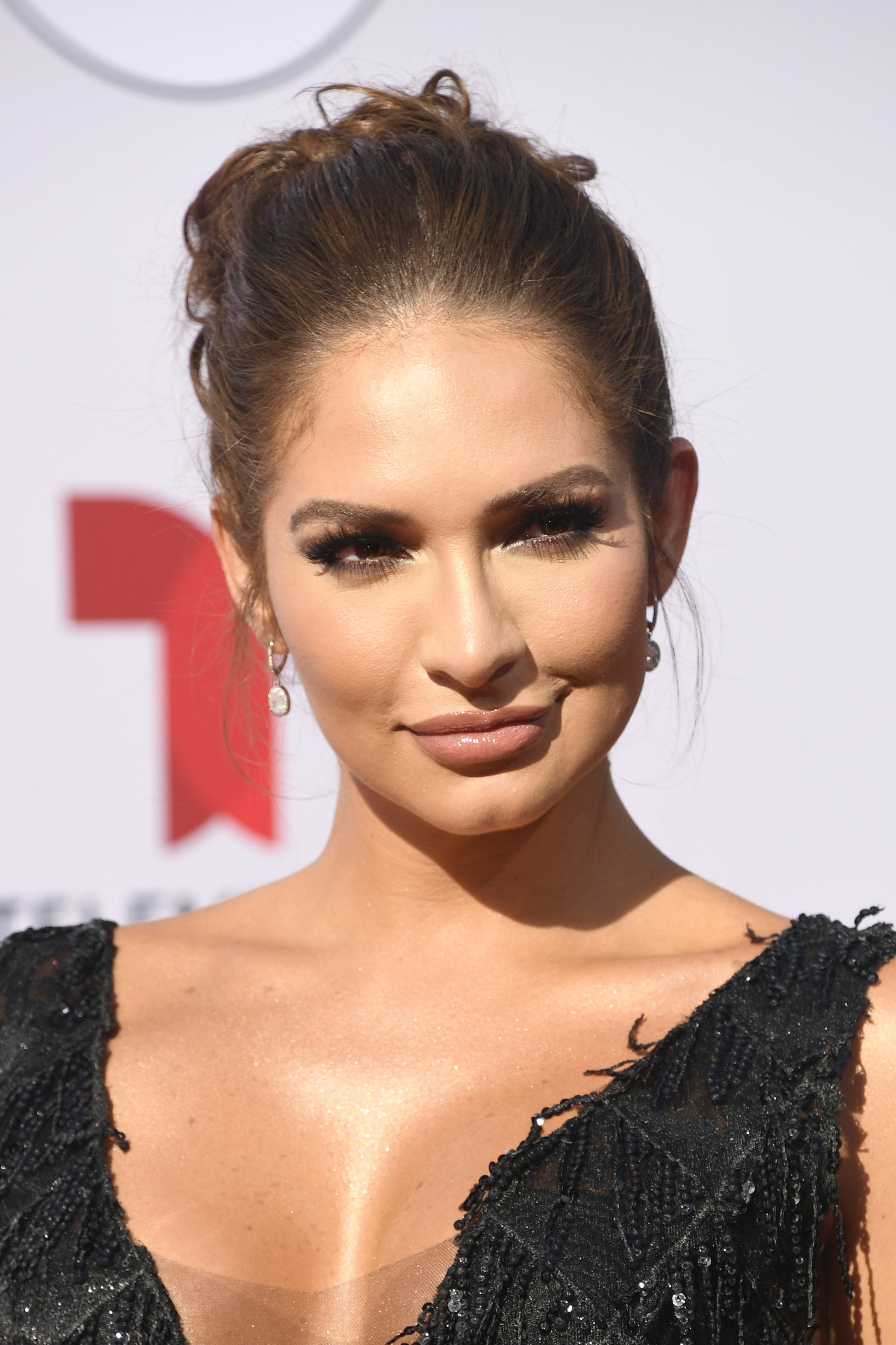 Kimberly Reyes, look, belleza, latin american music awards
