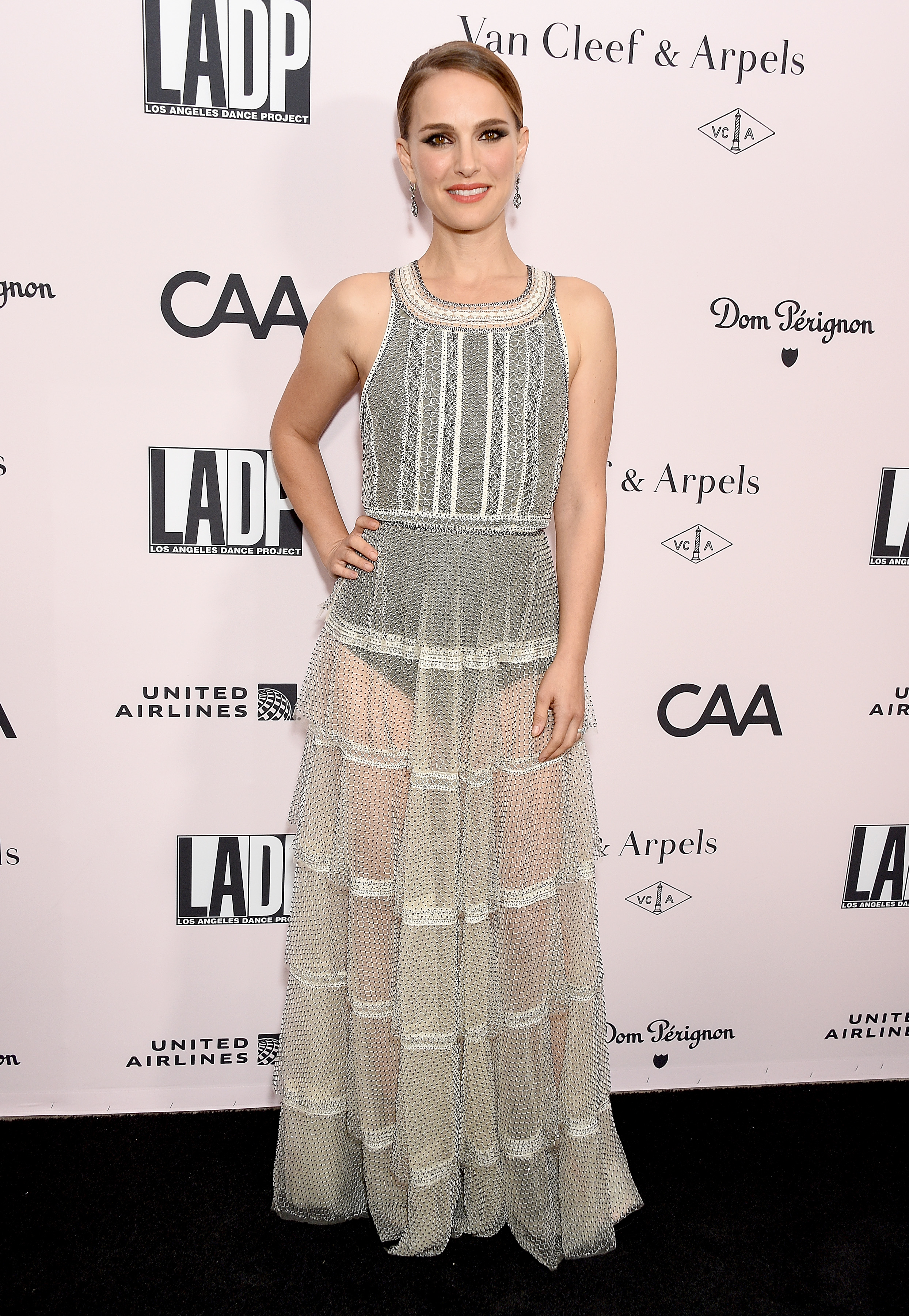 Natalie Portman, looks