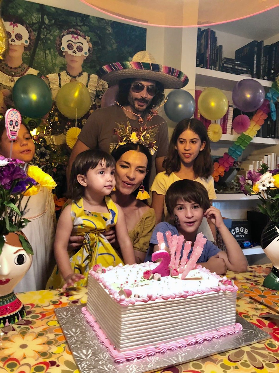 Candela Ferro y su familia