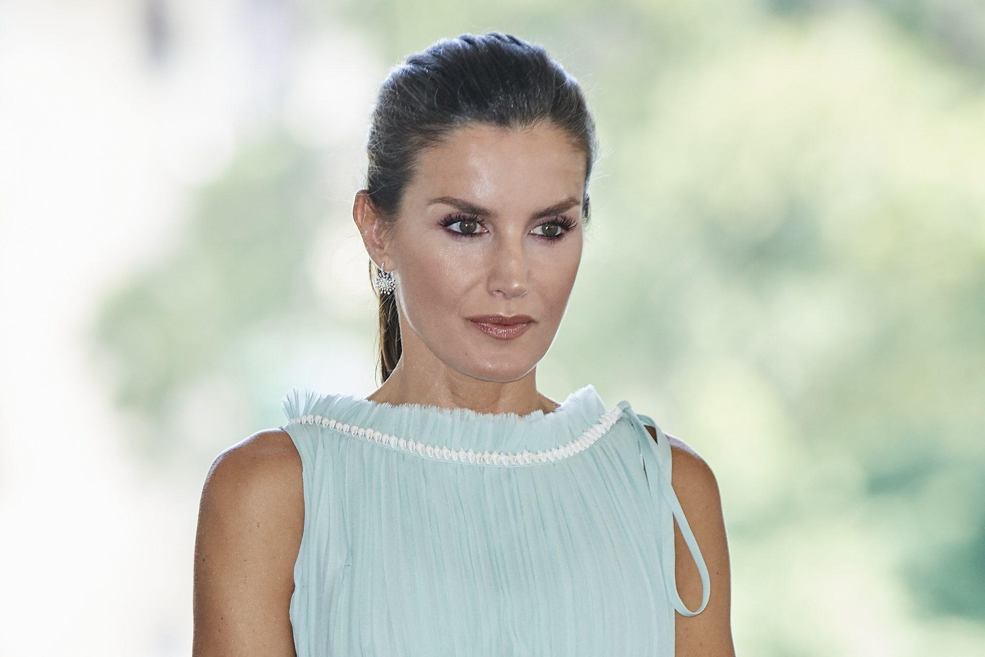reina Letizia, realeza, look