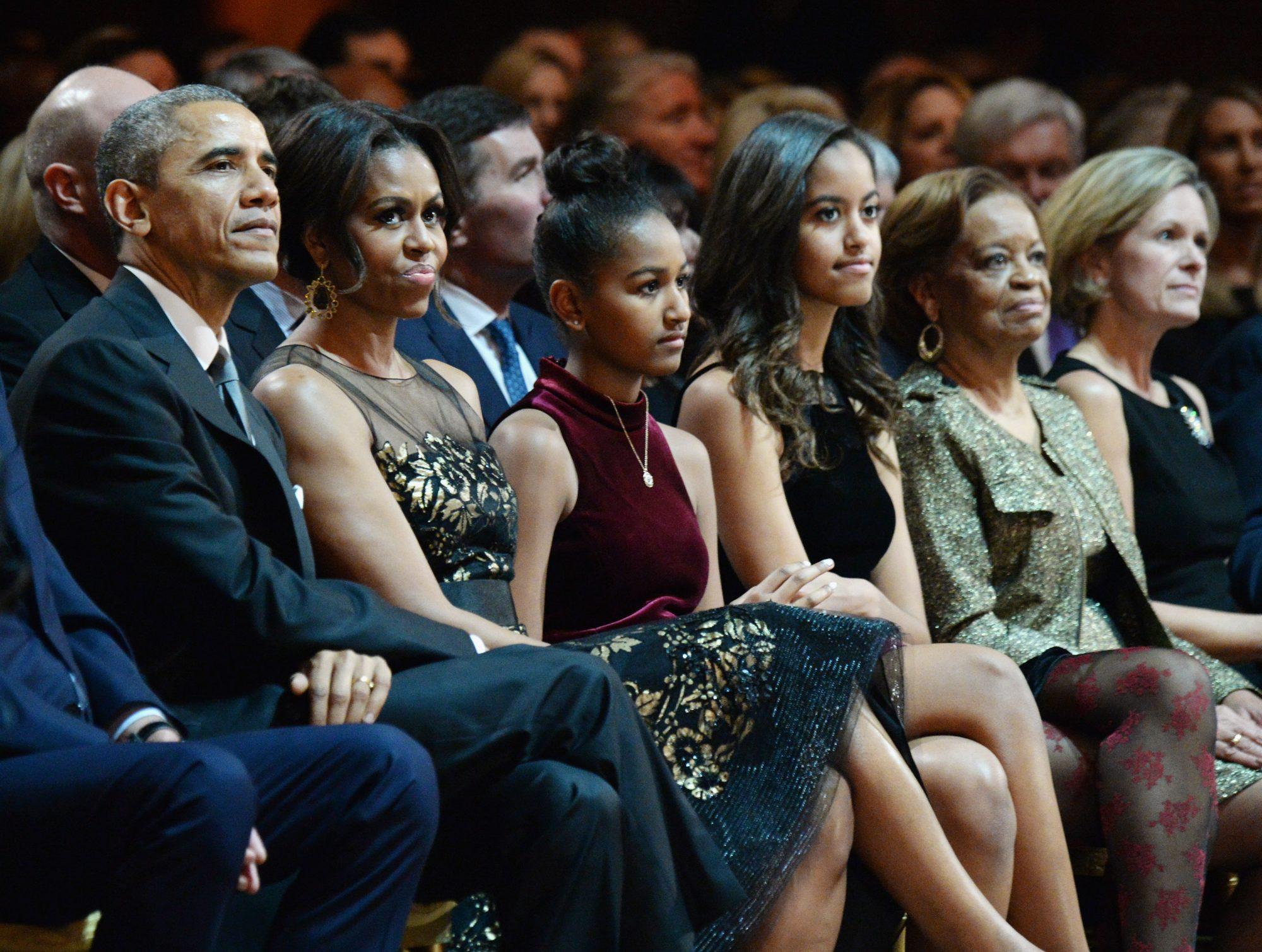 Barack Obama, First Lady Michelle Obama, Sasha Obama, Malia Obama
