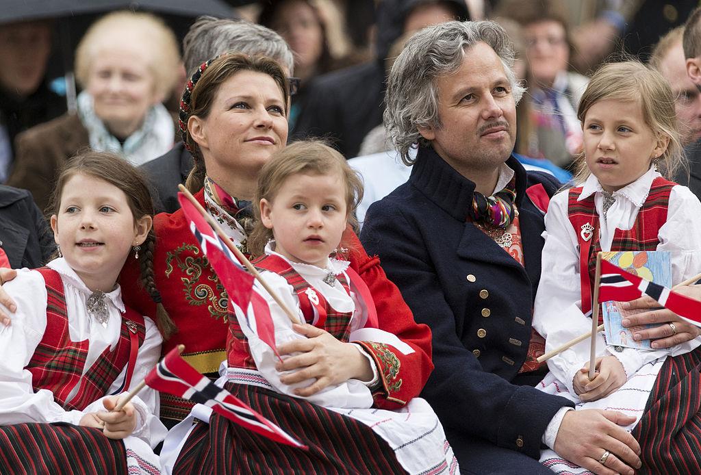 Princesa Marta Luisa de Noruega, Ari Behn, con sus hijas Maud Angelica, Leah Isadora y Emma Tallulah