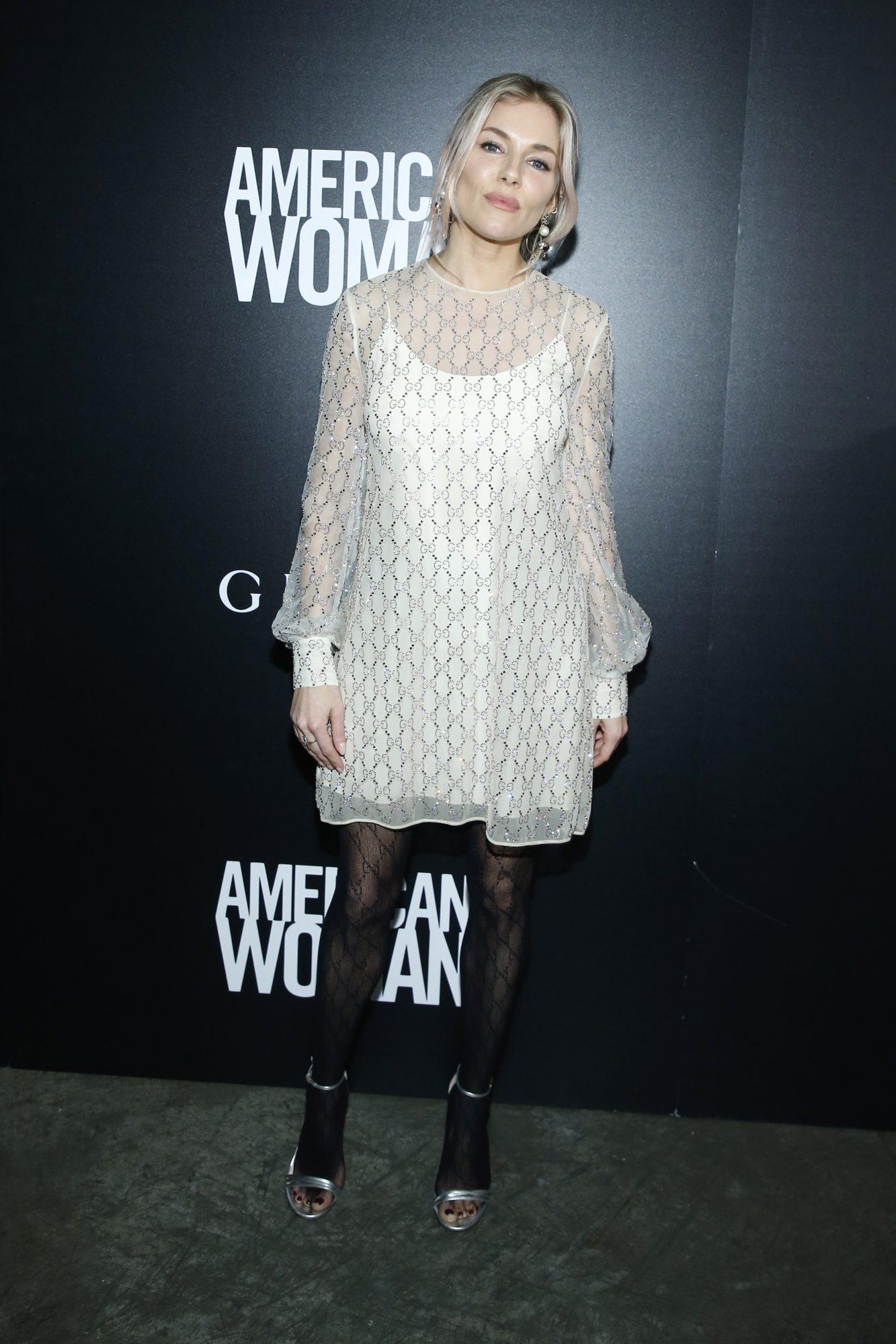 Sienna Miller, looks