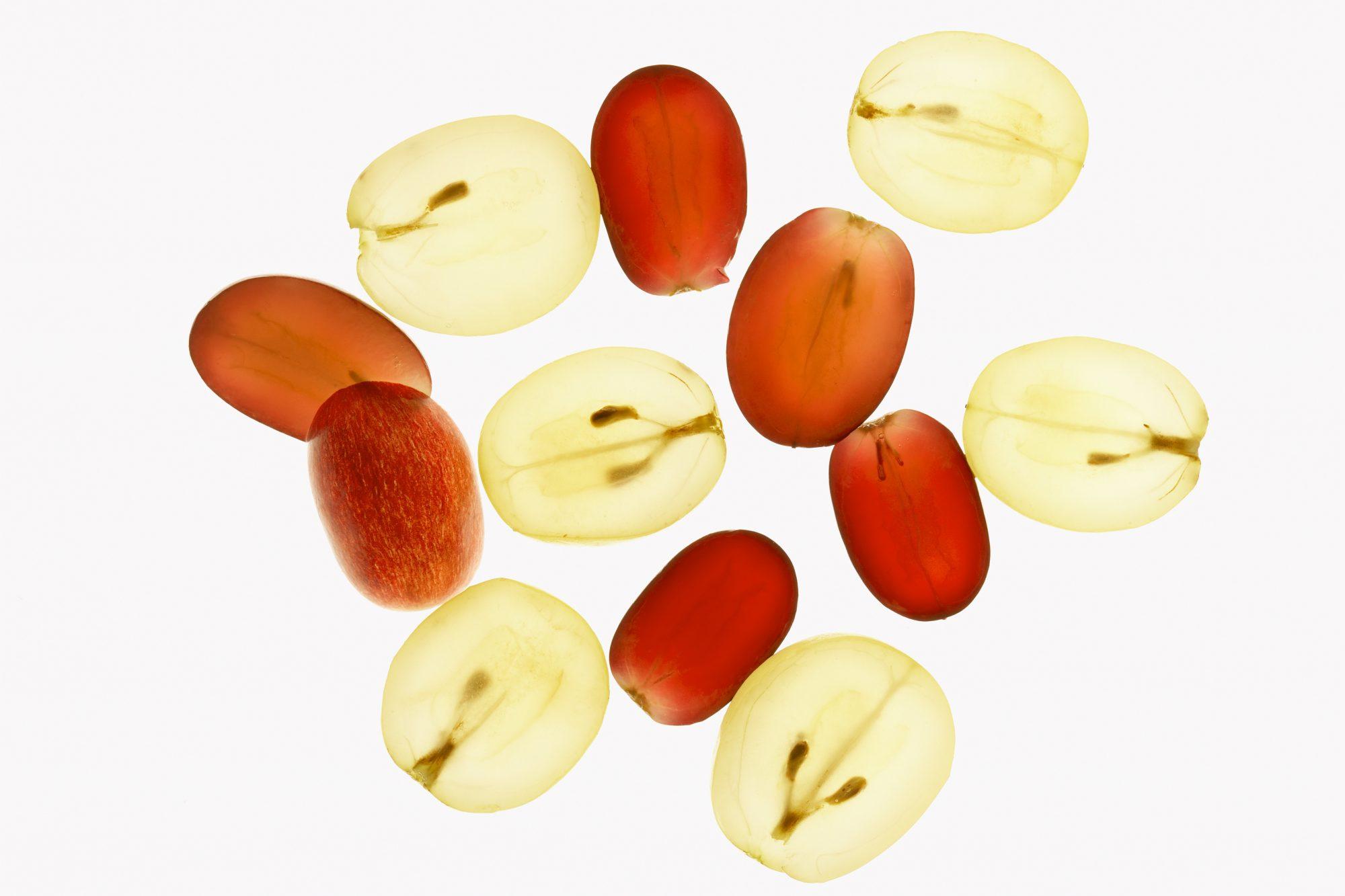beneficios de las uvas, piel