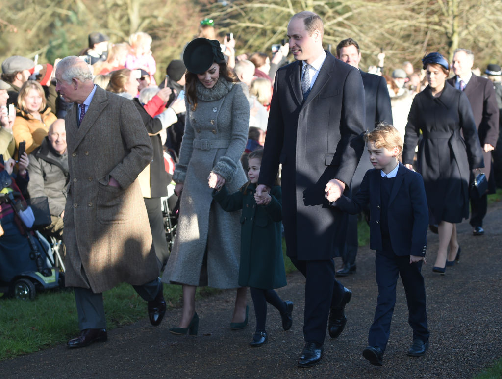 kate Middleton principe William principe George princesa Charlotte misa